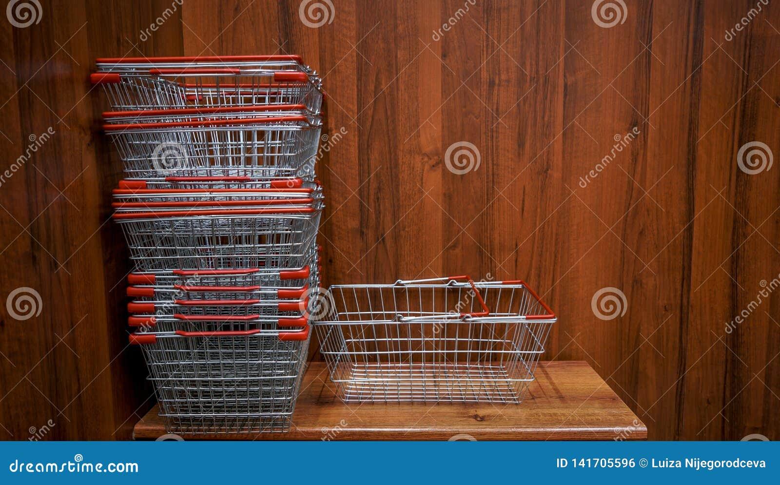 Cartsin αγορών το κατάστημα
