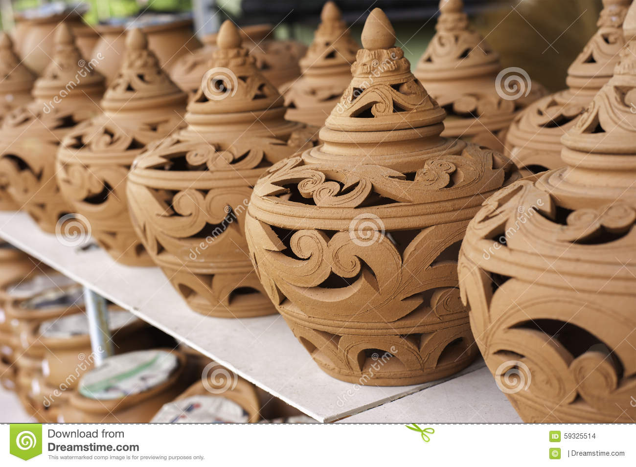 Carving clay thai traditional pottery selective