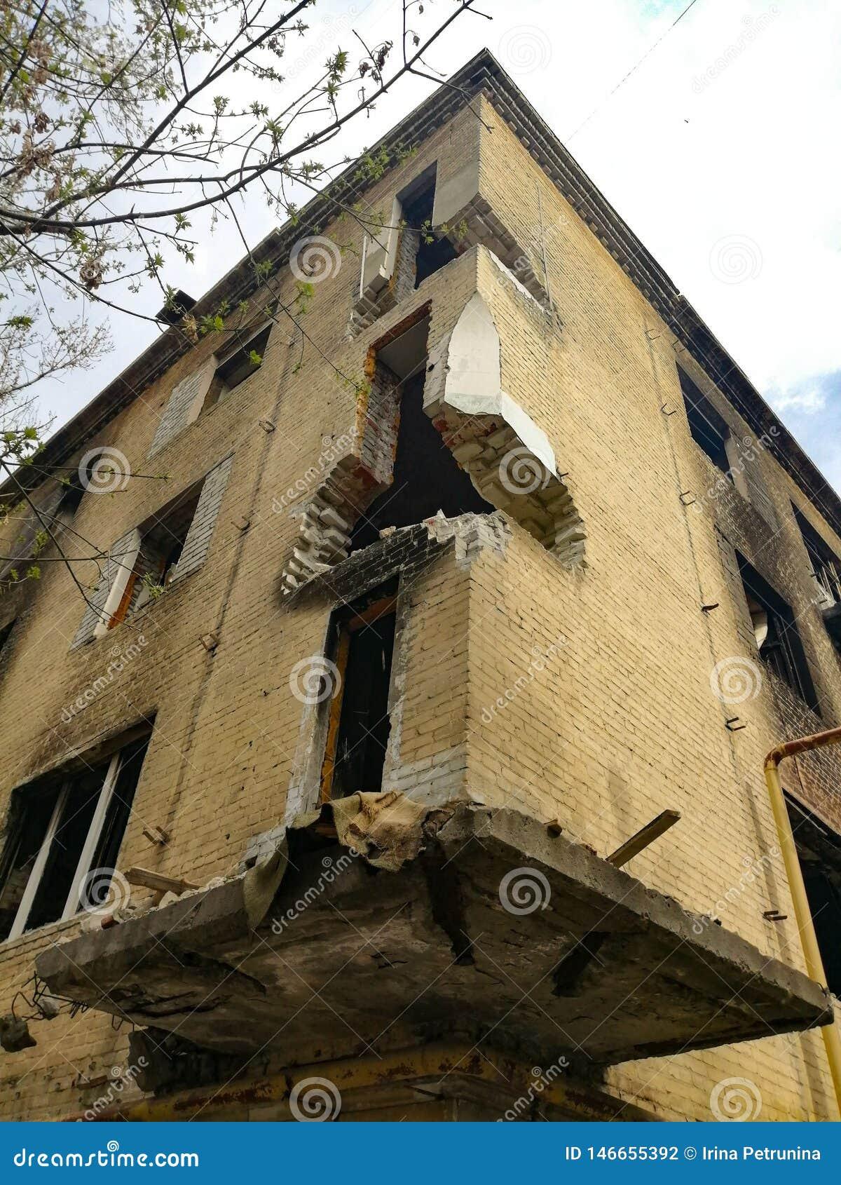 Casa abandonada arruinada