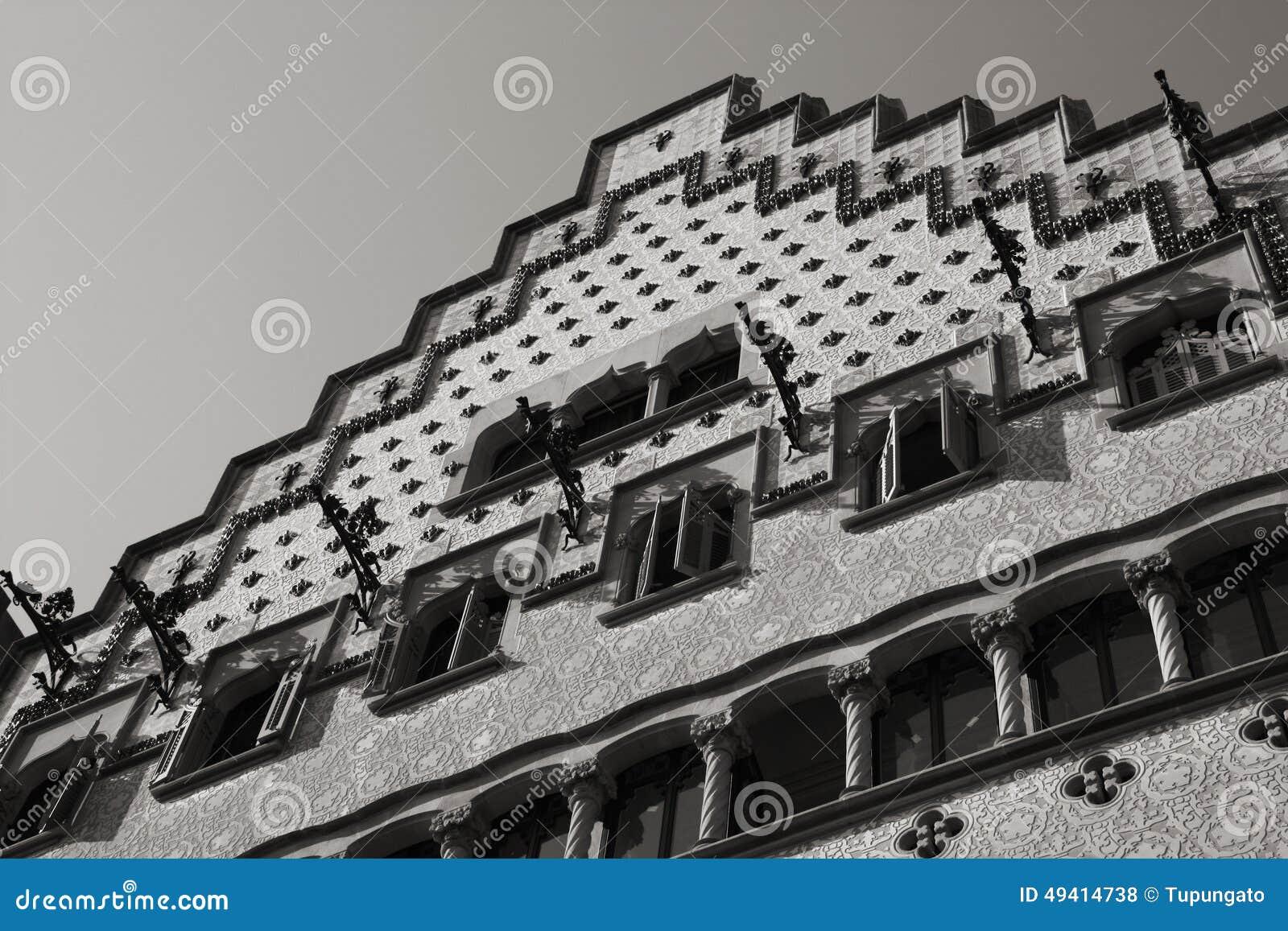 Download Casa Amatller stockfoto. Bild von nouveau, weiß, schwarzes - 49414738