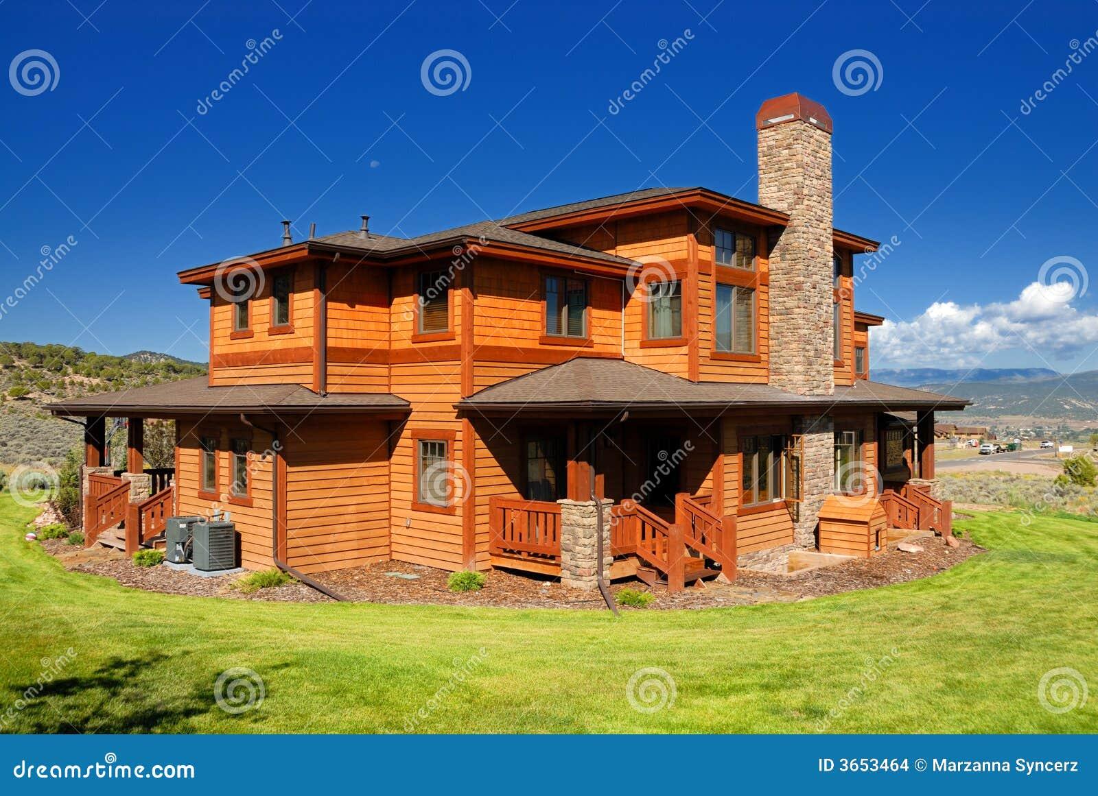 Casa arancione in colorado immagini stock immagine 3653464 for Casa coloniale americana