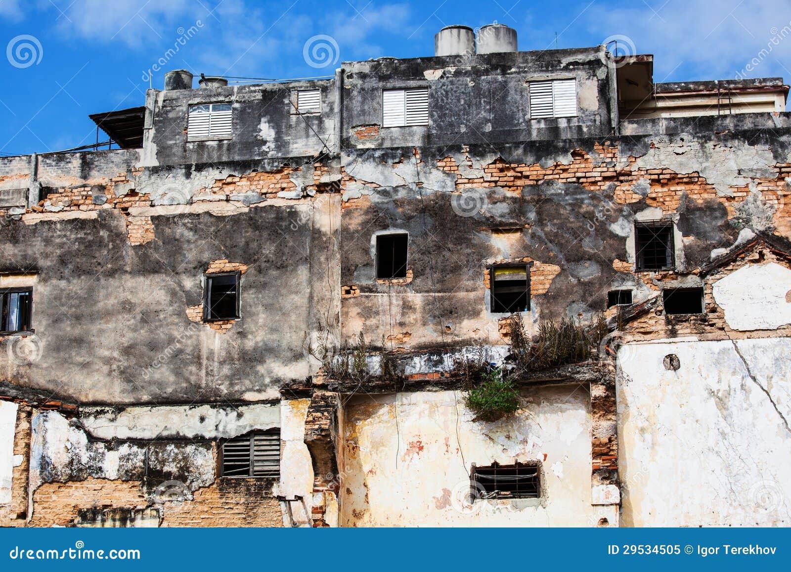 Casa arruinada velha