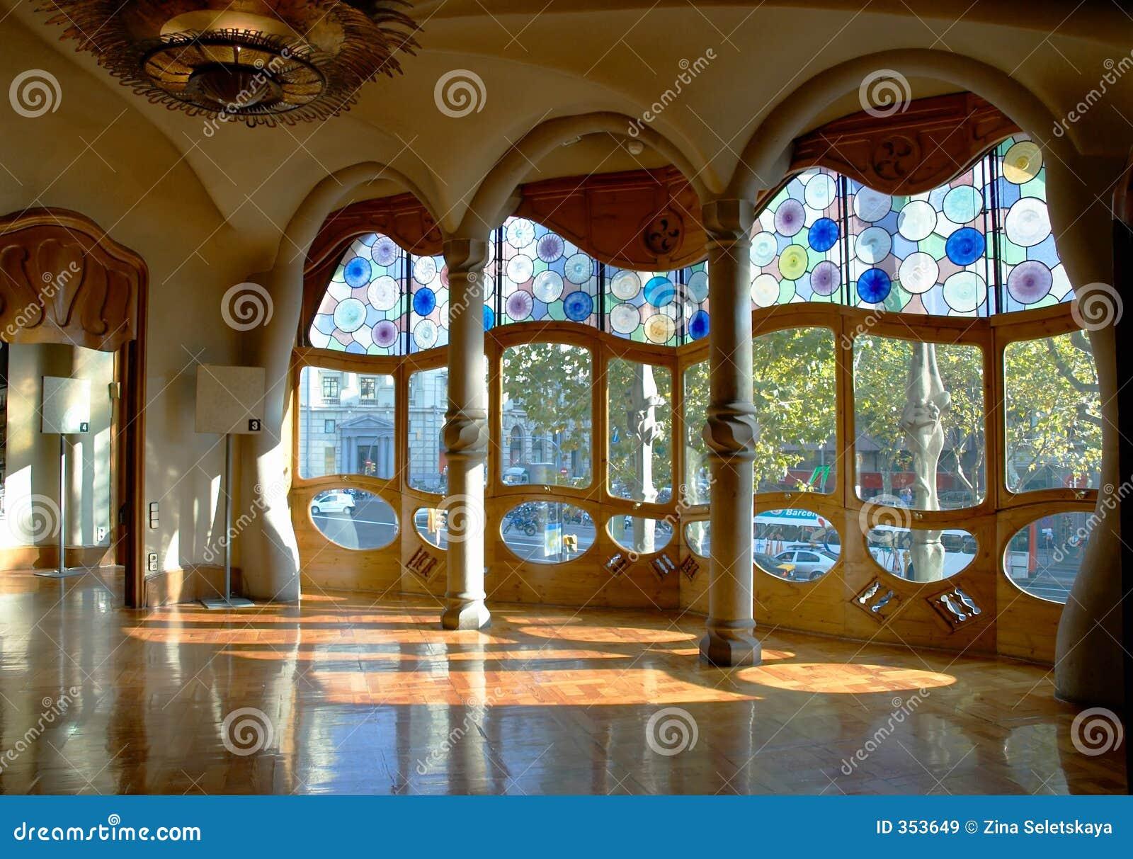 Casa battlo interior stock image image of spain batllo for Art nouveau interieur