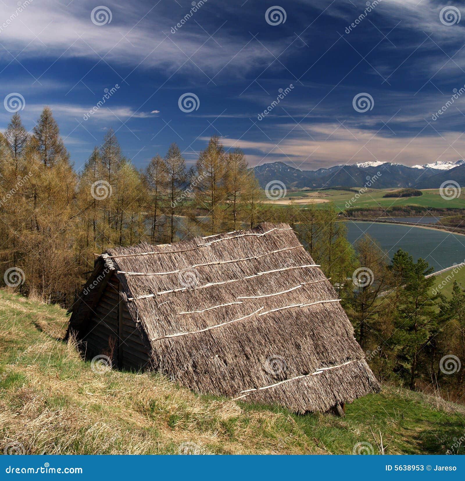 Casa celtica di legno antica