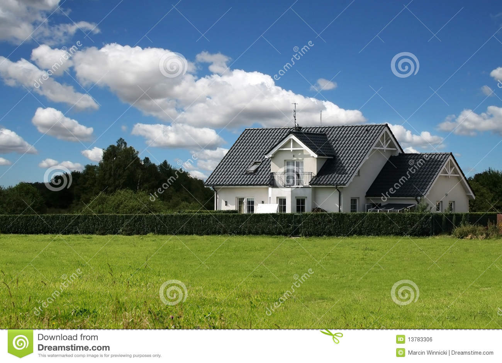 Casa cl ssica foto de stock imagem de tradicional casa for Foto casa classica