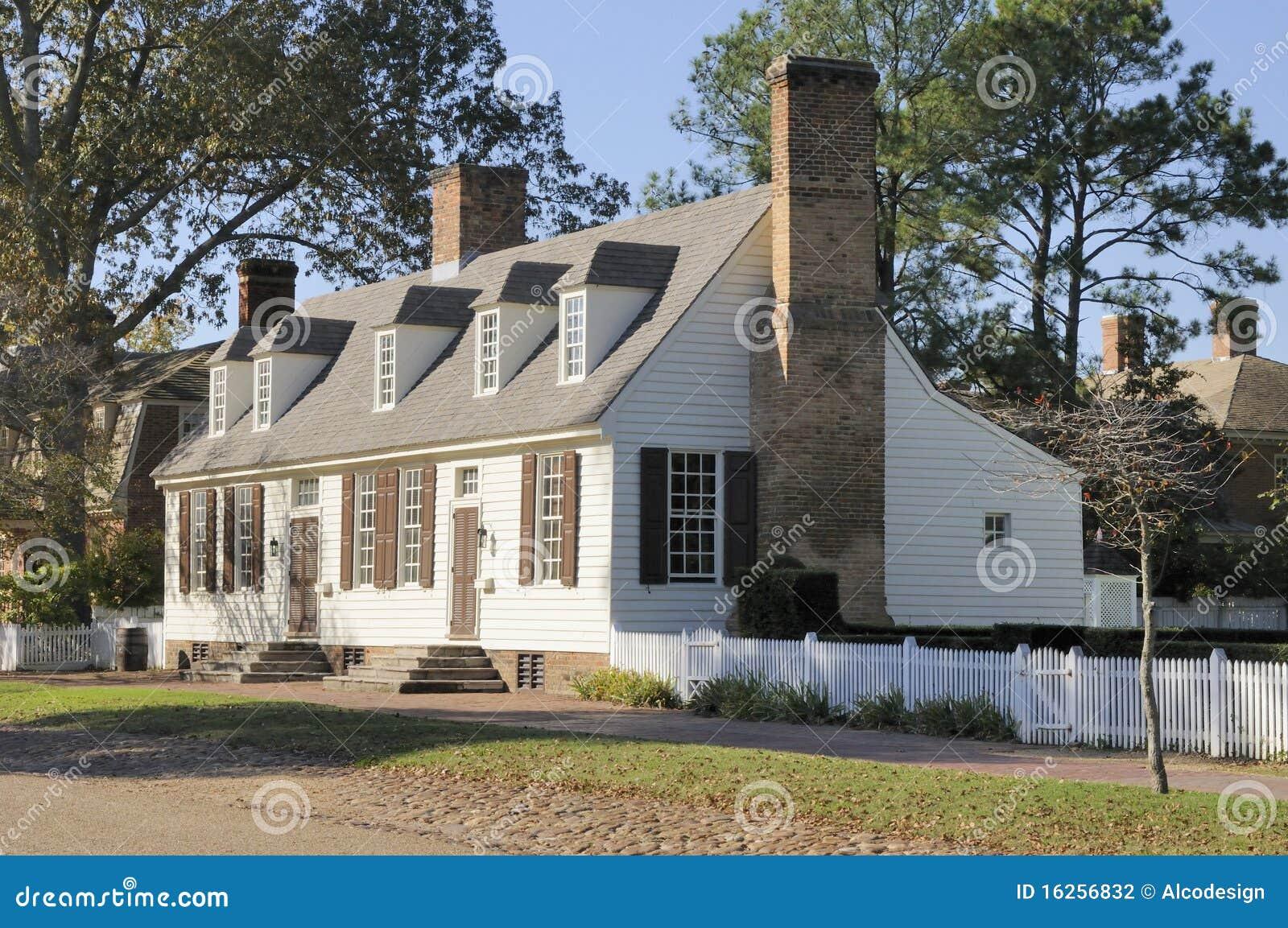 Casa colonial americana foto de stock imagem de virg nia for Casa coloniale americana