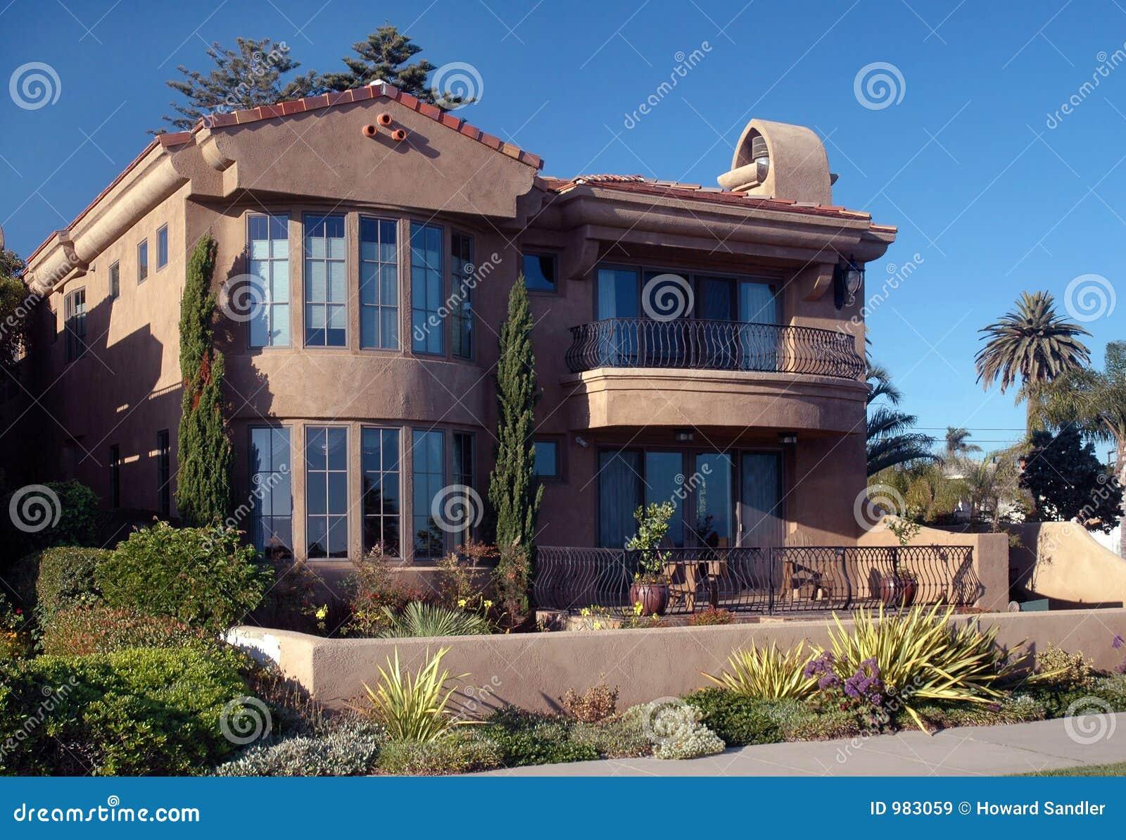 Coperta in spagnolo casamia idea di immagine for Case di architettura spagnola