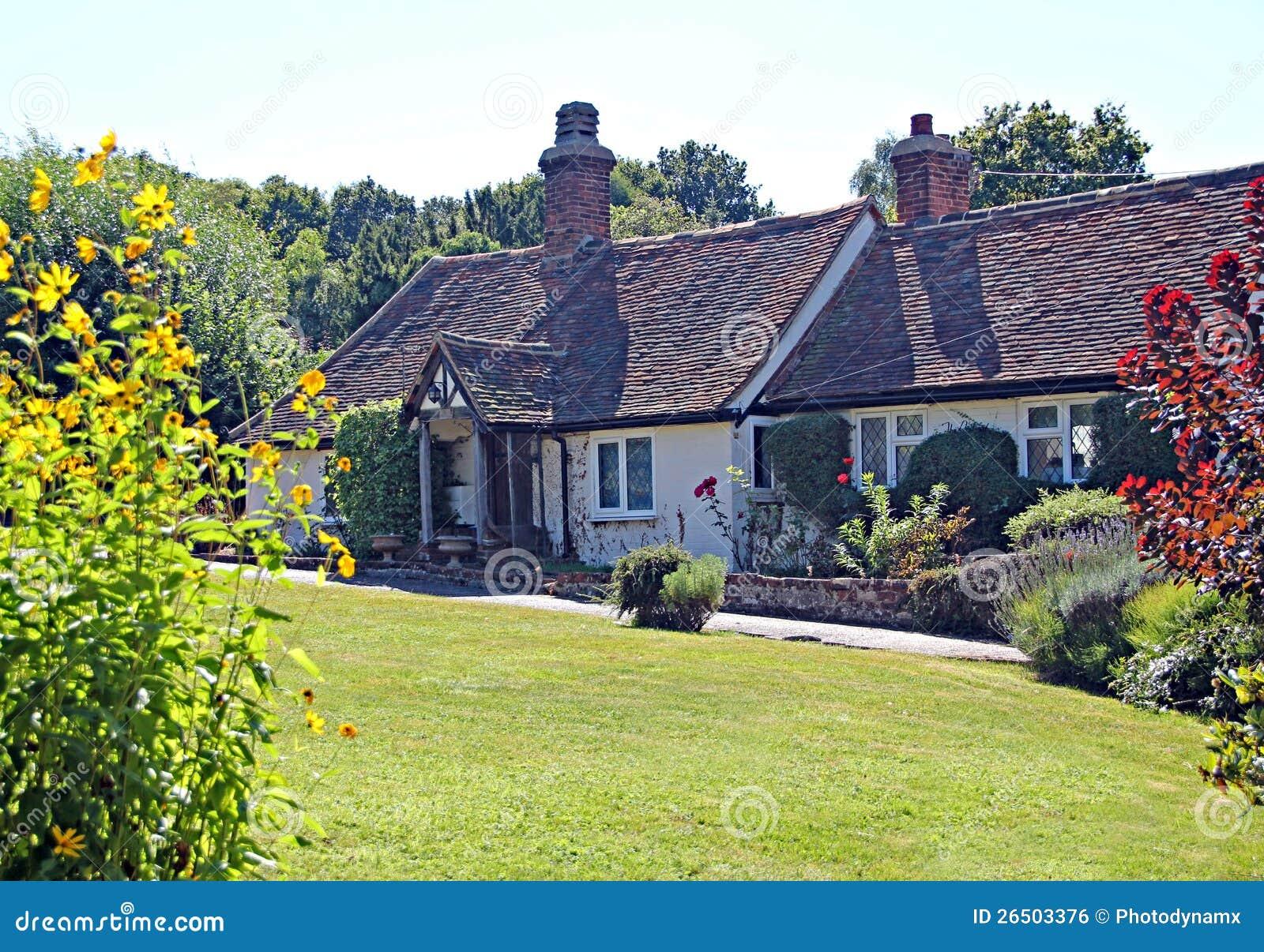 Casa de campo bonita do país de kent