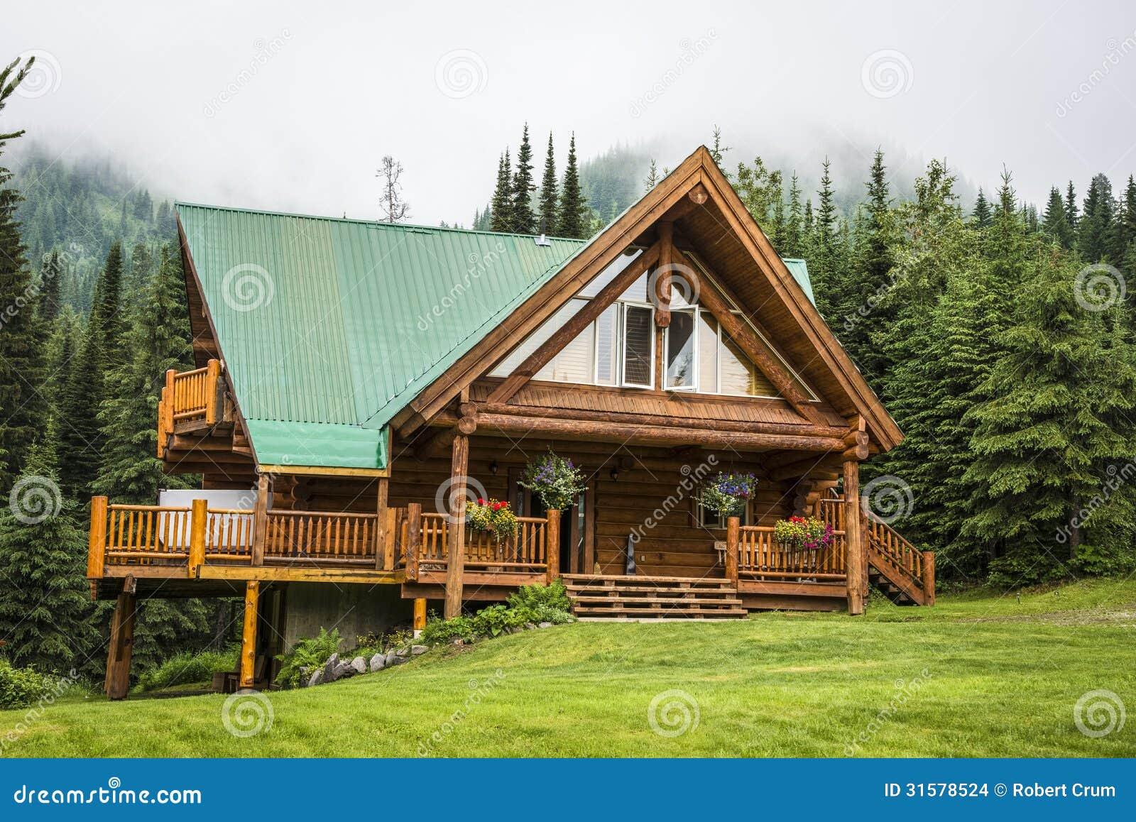 Casa de campo contempor nea de la caba a de madera foto de - Fotos de casas de campo de madera ...