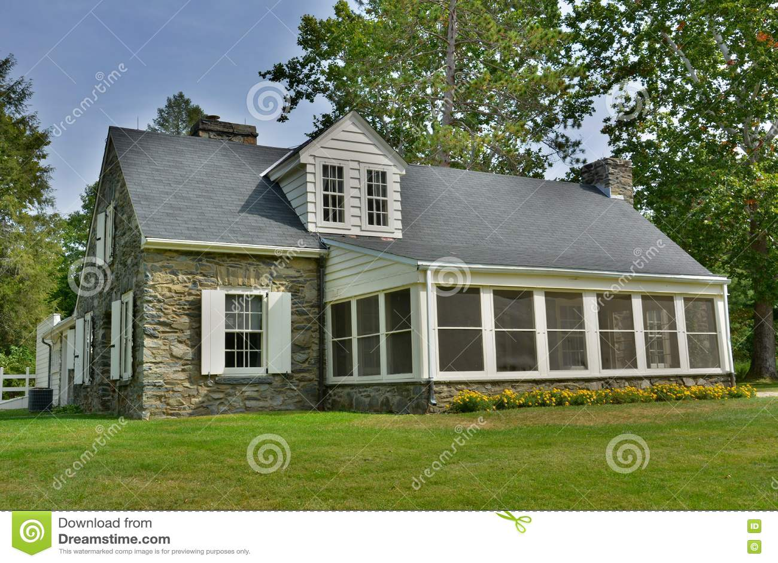 Casa de campo de pedra no local da Val-matança em Hyde Park, NY
