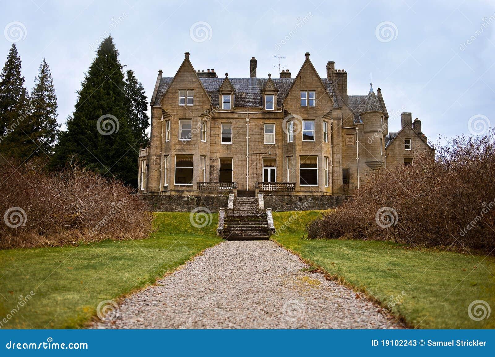 Casa de campo escocesa fotos de archivo imagen 19102243 - Casas rurales escocia ...