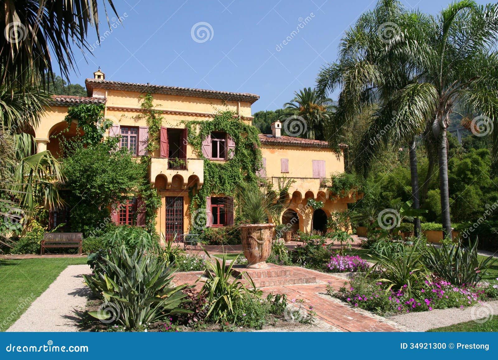 Casa de campo francesa foto de stock imagem de for Villas francesas
