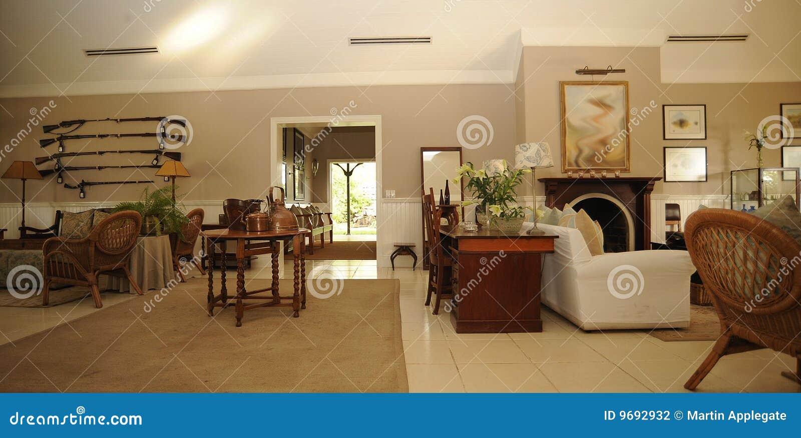 Casa de campo lujosa del safari - Interiores casa de campo ...