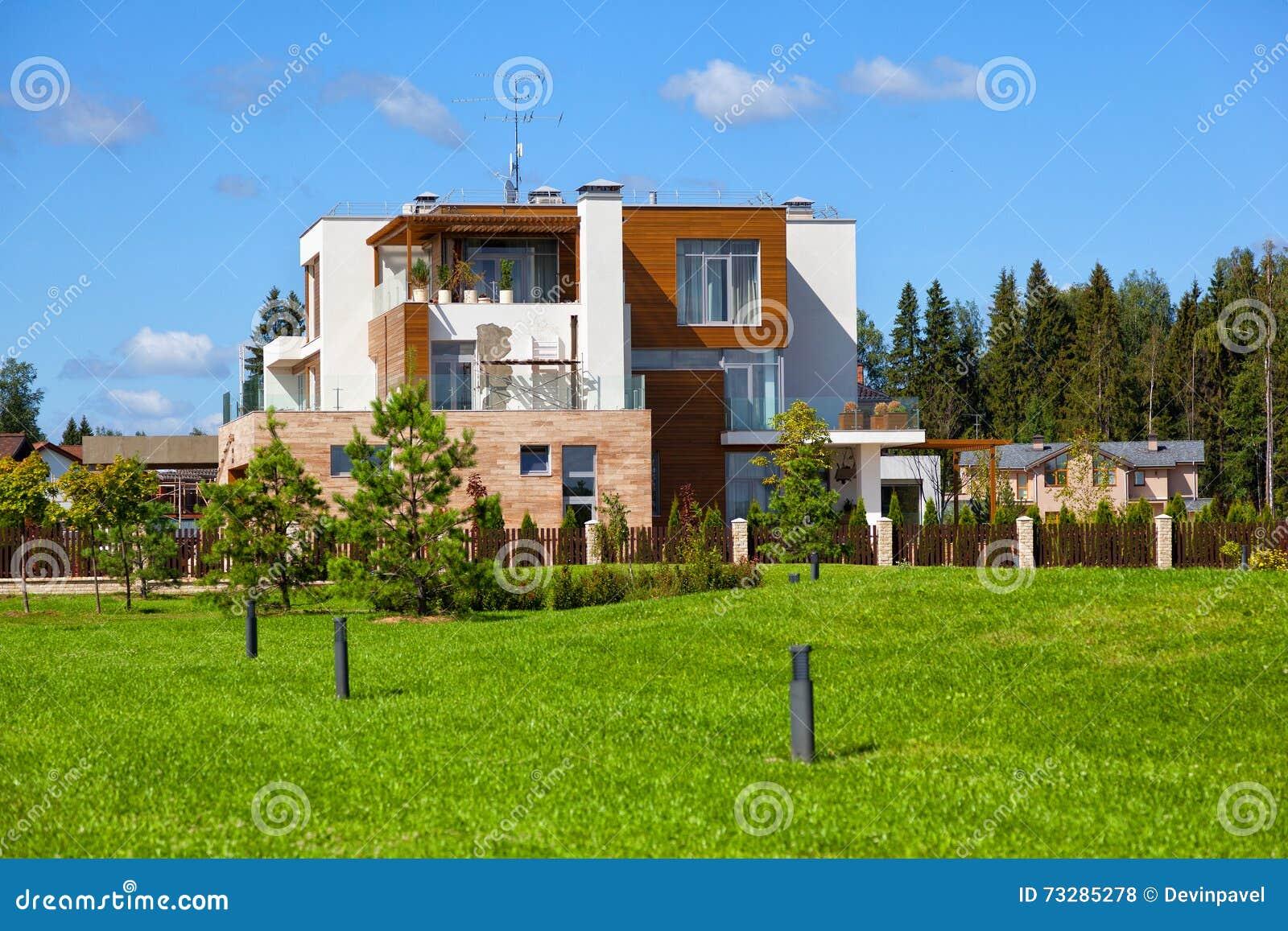 Casa de campo moderna casas de campo moderno casa de for Casa moderna en el campo