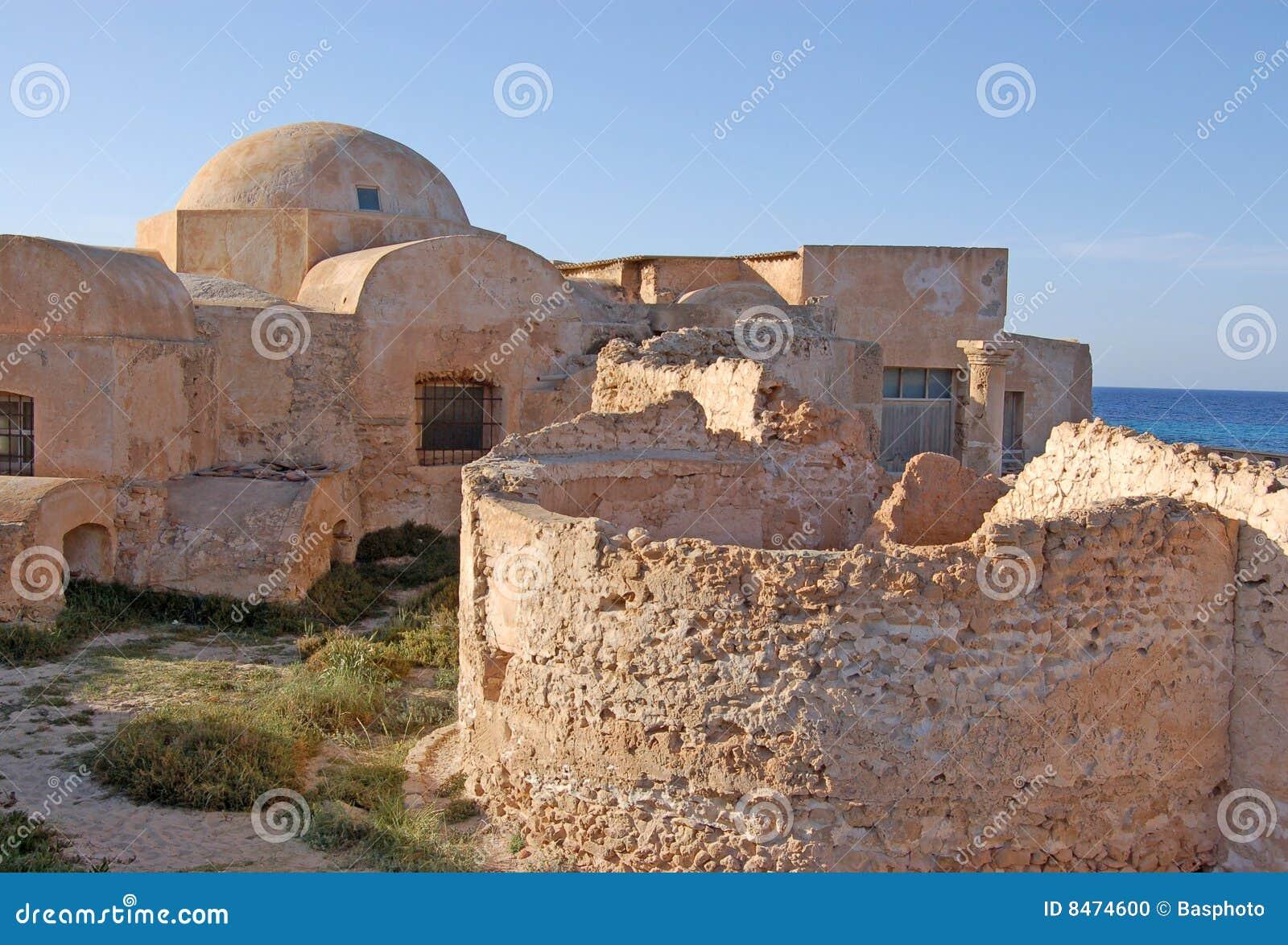 Casa de campo Sileen, Líbia