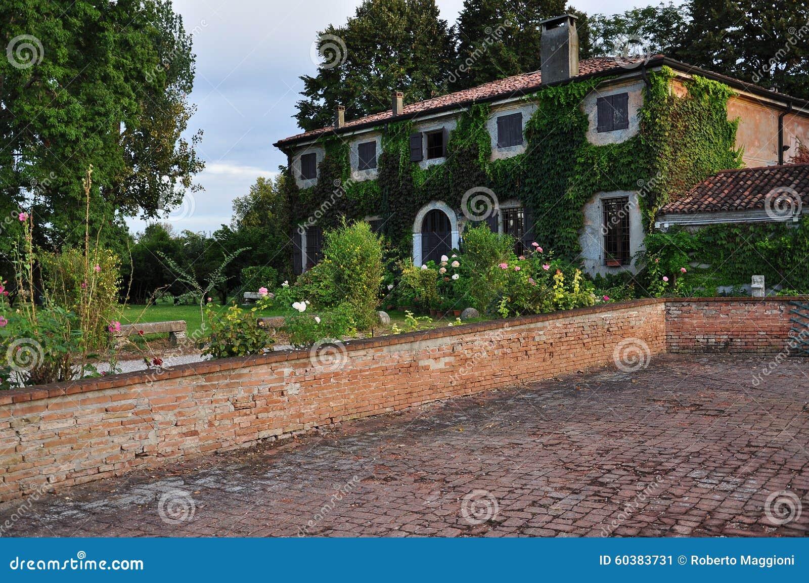 Casas de campo con jardin de with casas de campo con for Jardin ula ula