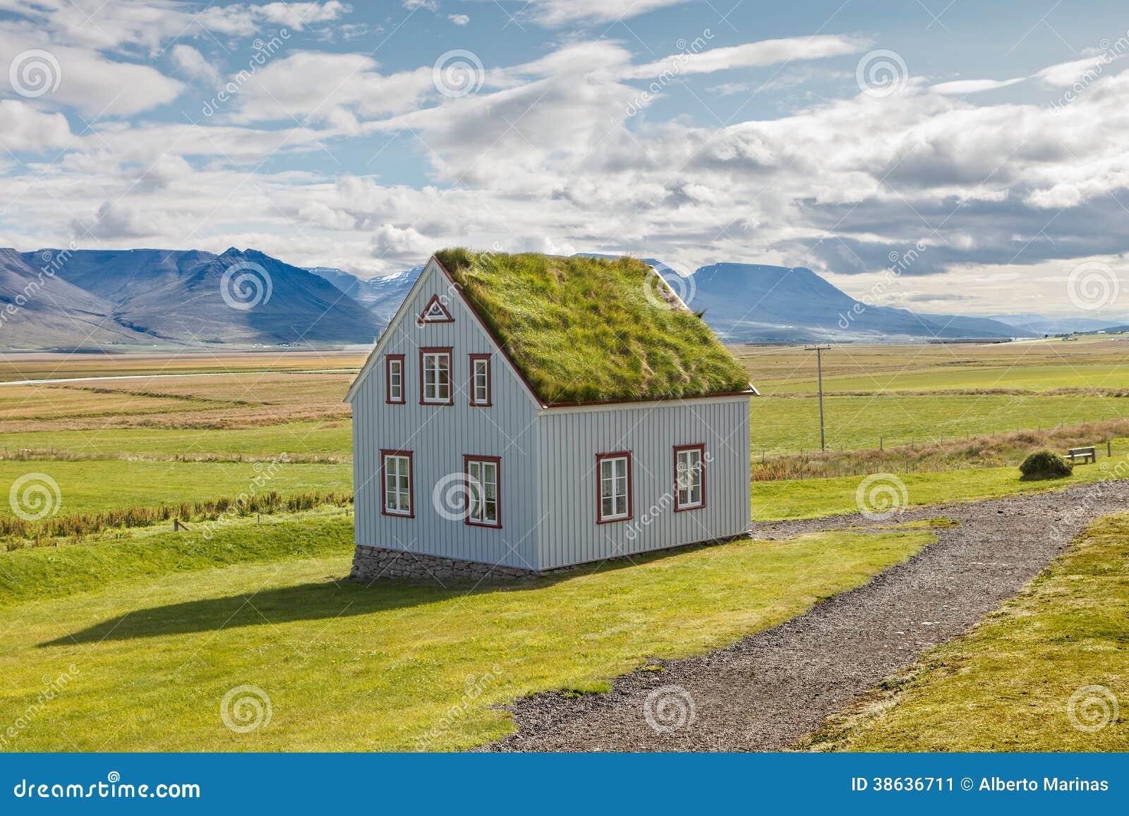 Casa de islandia imagen de archivo imagen de cielo escandinavo 38636711 - Casas en islandia ...