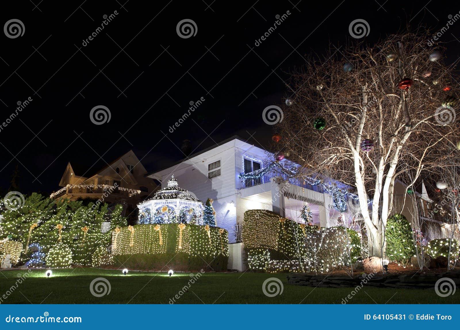 Casa de la navidad en brooklyn nueva york foto editorial - La casa de la navidad ...