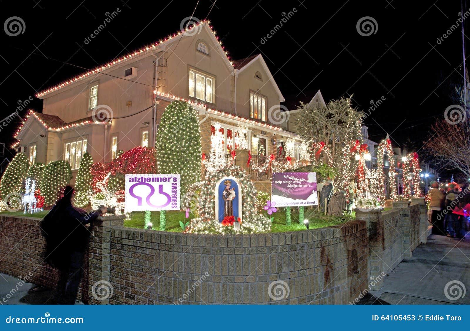 Casa de la navidad en brooklyn nueva york foto de archivo - La casa de la navidad ...
