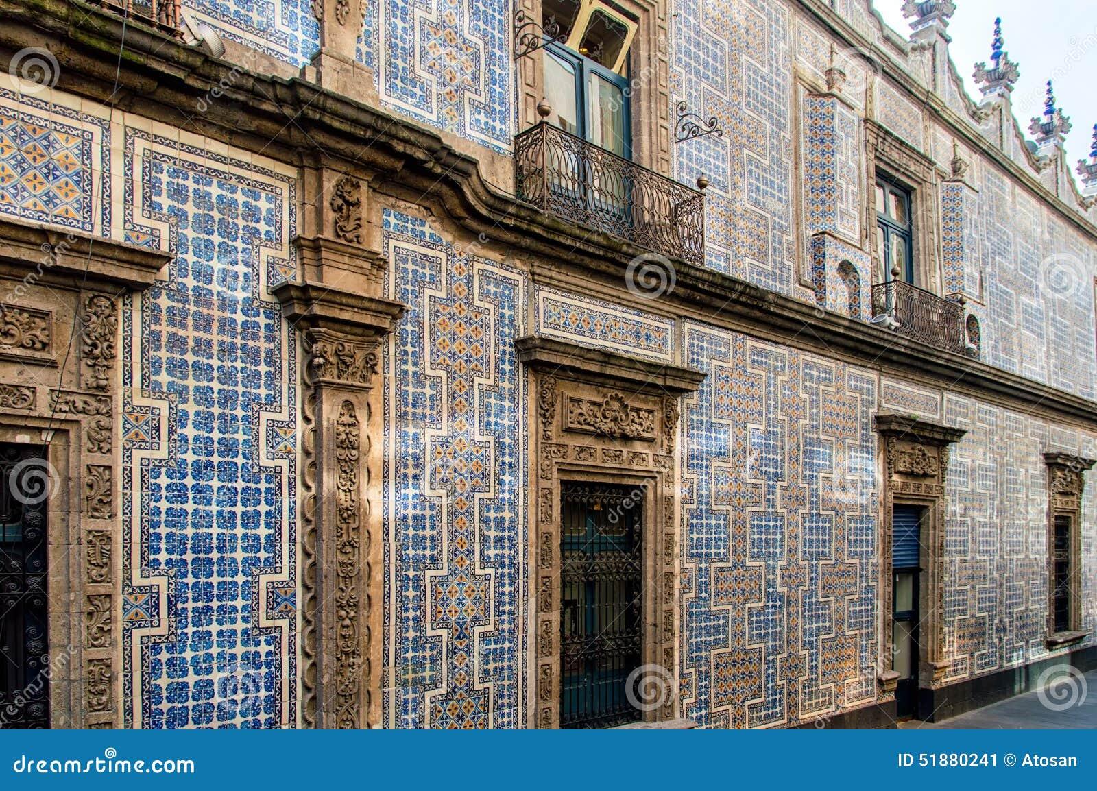 Casa de los azulejos stock photo image 51880241 for Casa de azulejos