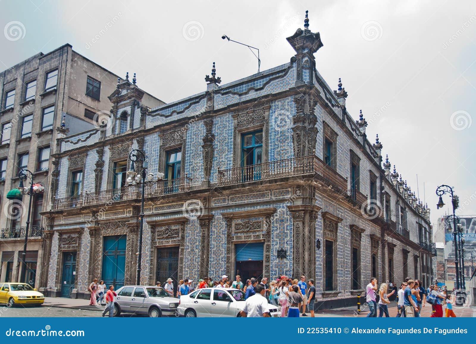 Casa de los azulejos mexico image ditorial image 22535410 for Casa de los azulejos historia