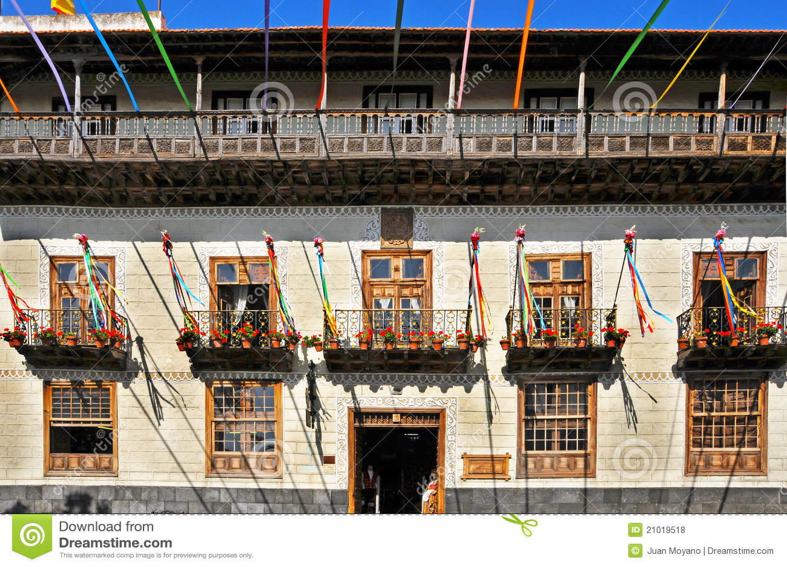 Casa de los balcones en el la orotava islas canarias foto for Casa de los
