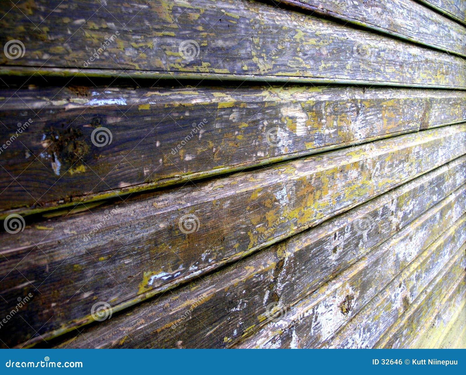 Casa de madeira velha
