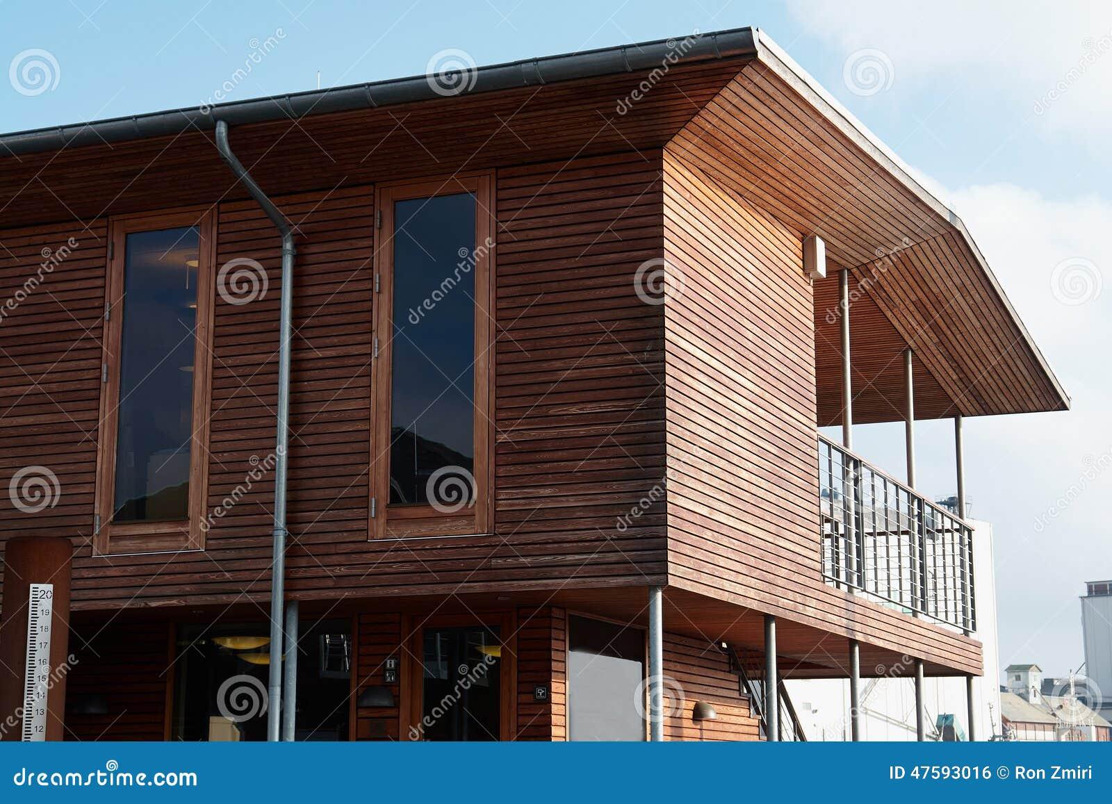 casa madera marco moderno