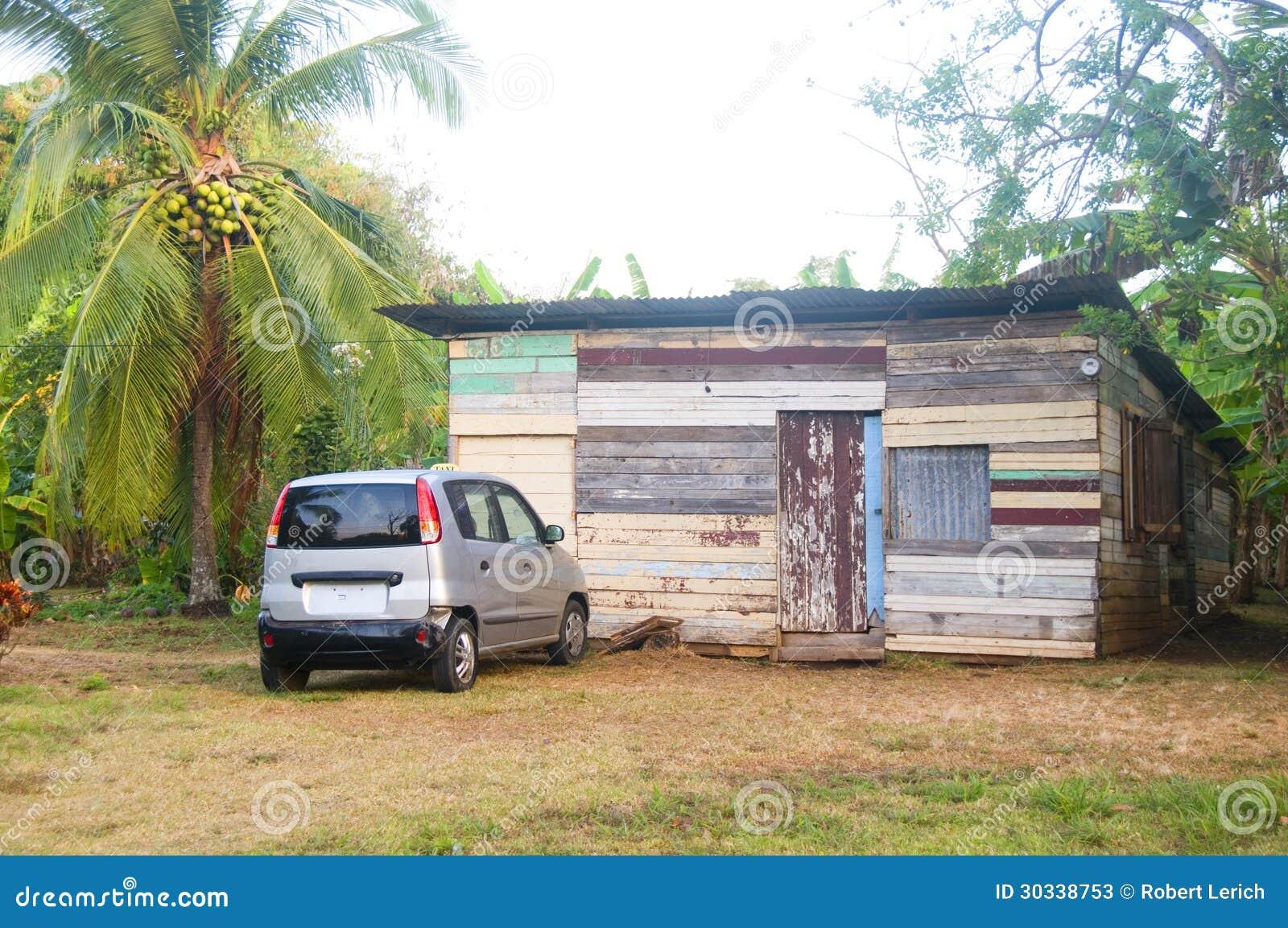 Casa de madera nicarag ense nativa t pica de la tablilla for Casas con tablillas