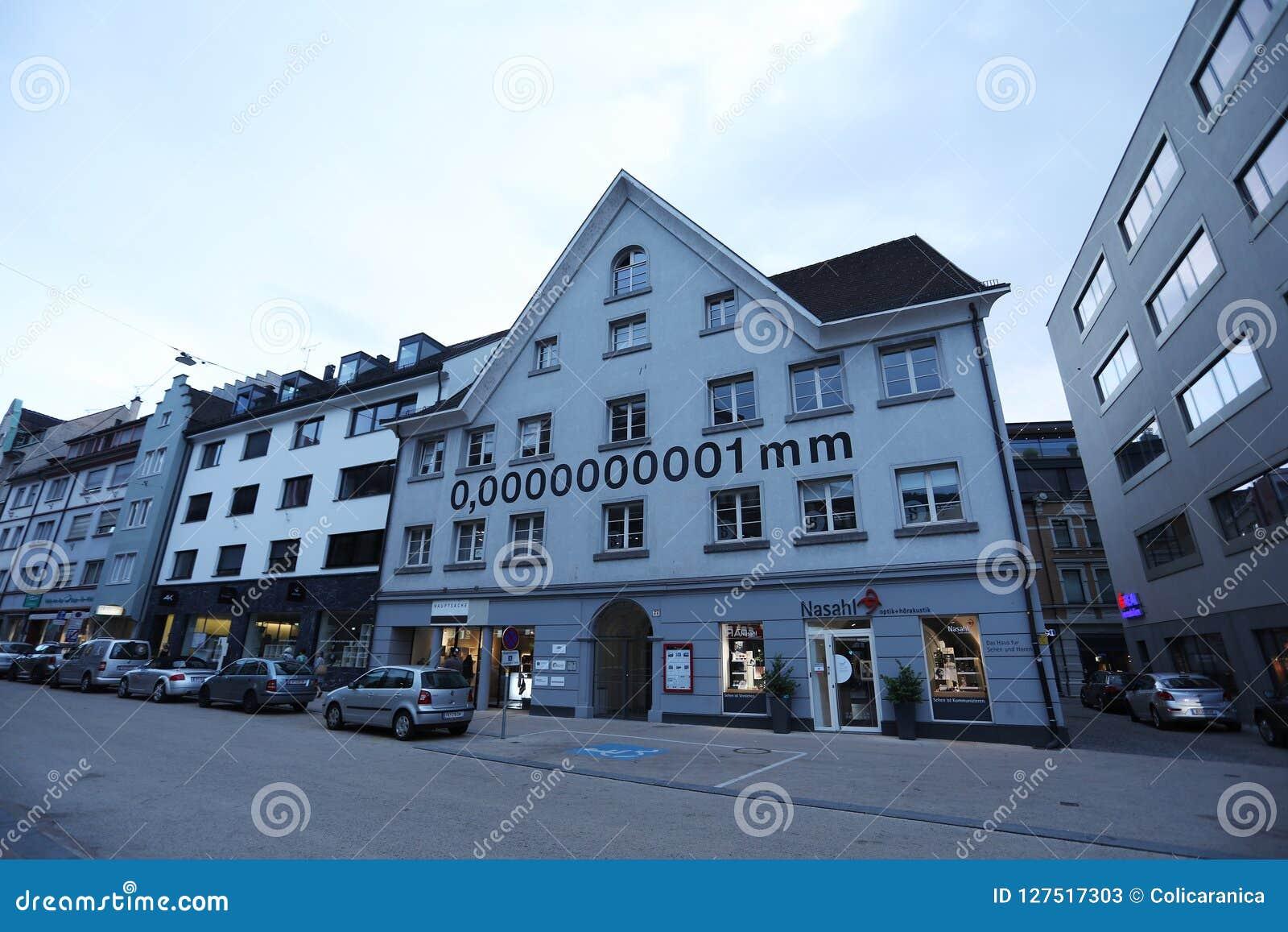 Casa de um nanômetro de 0,0000000001 milímetros em Bregenz