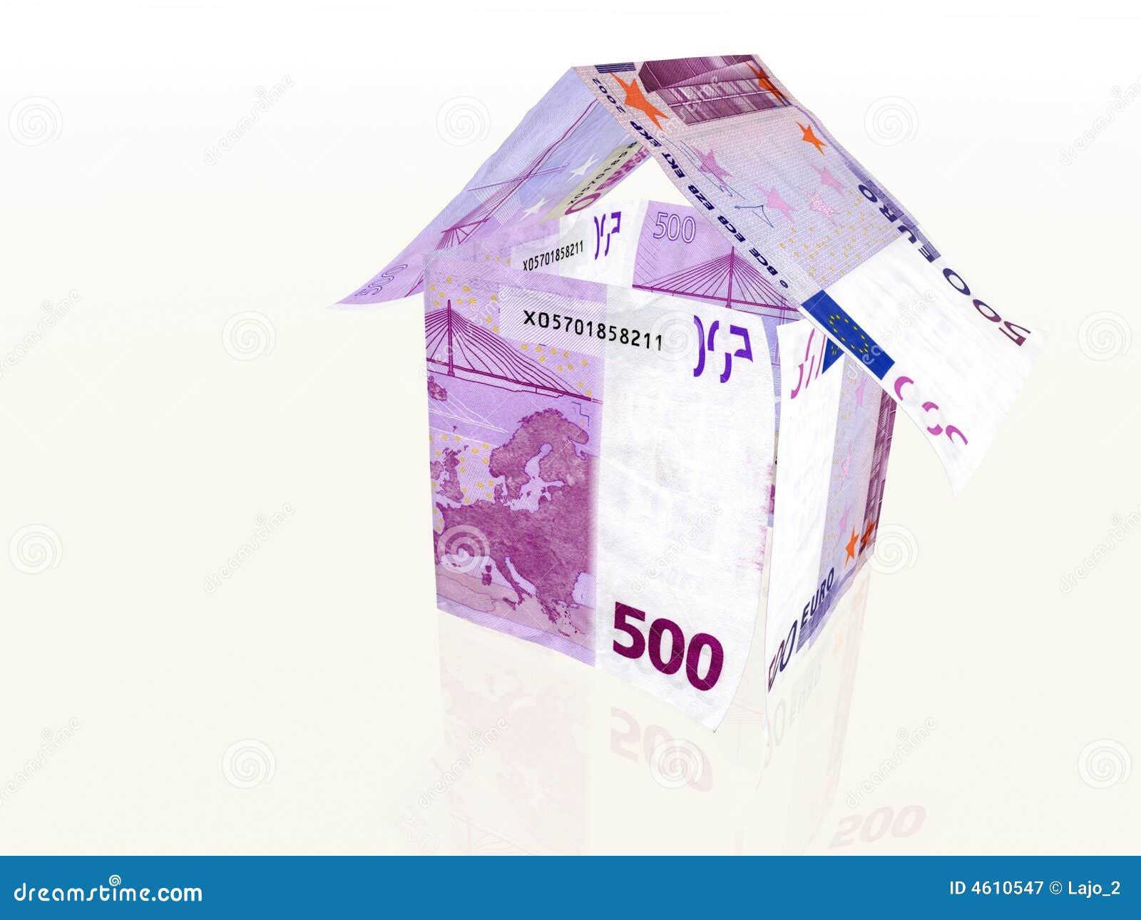 Casa dei soldi fatta da 500 euro banconote immagine stock - Soldi contanti a casa ...