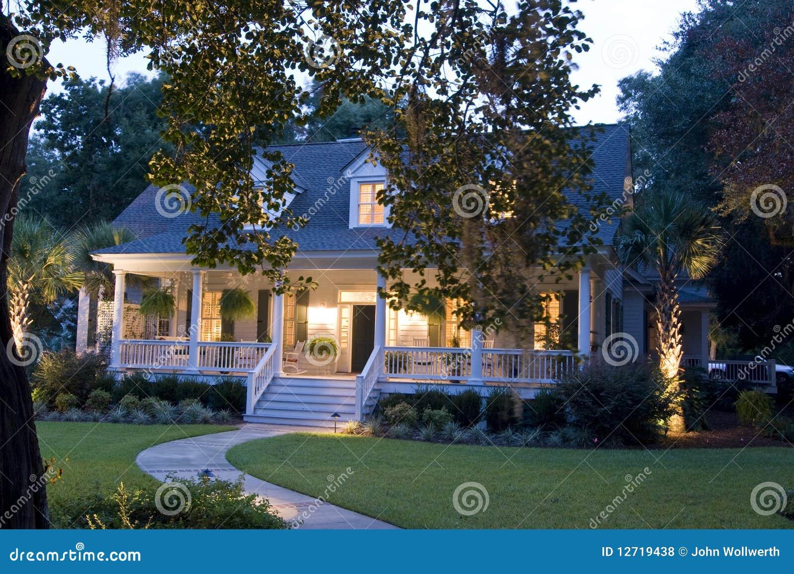 Casa del capo cod fotografie stock libere da diritti for Semplici piani per la casa del merluzzo cape