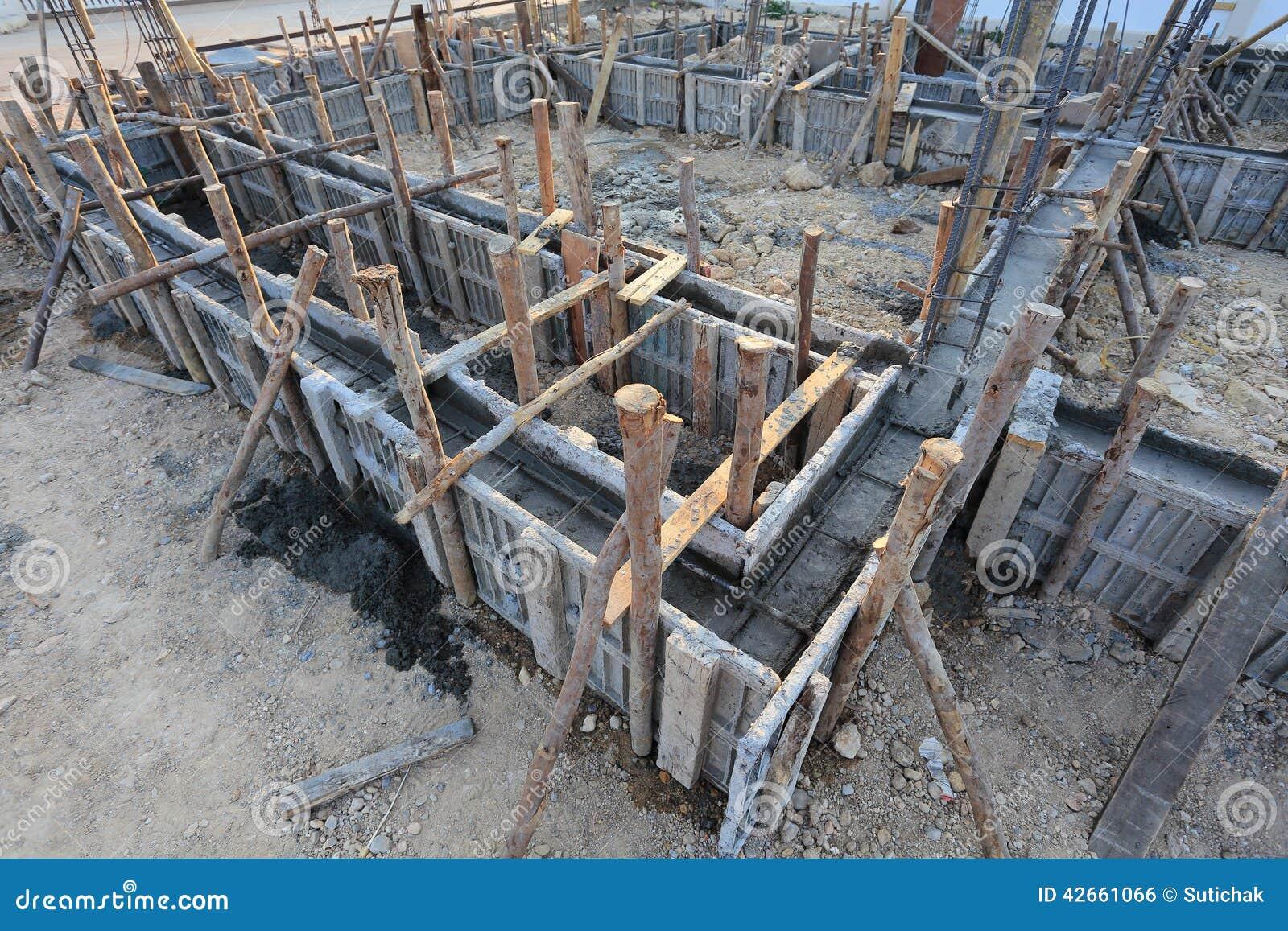 Casa della costruzione struttura del metallo di rinforzo for Piani di costruzione della casa libera