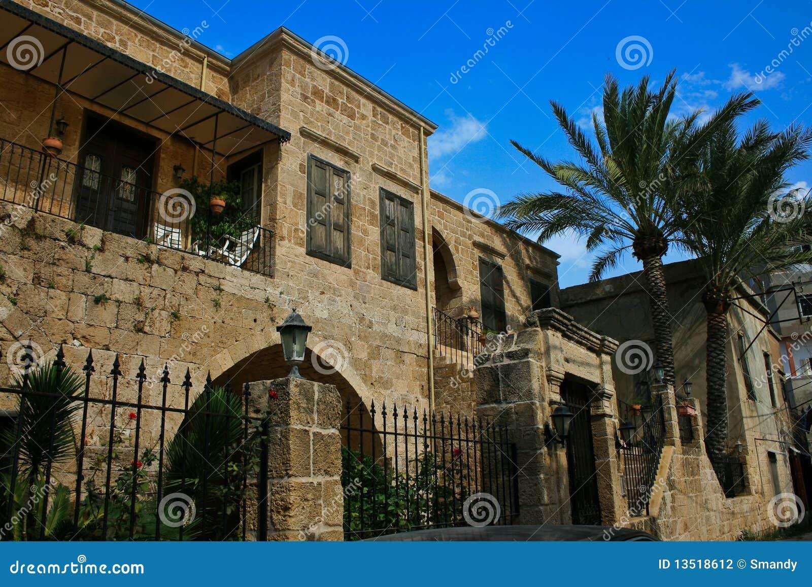 Casa di batroun architettura tradizionale libano for Piani di casa di architettura