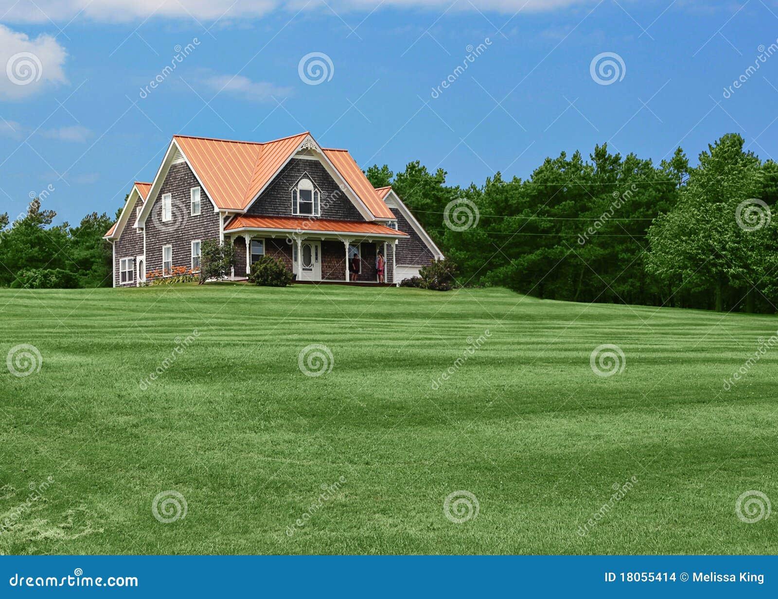 Casa di campagna e prato inglese fotografia stock for Piani di casa di campagna inglese