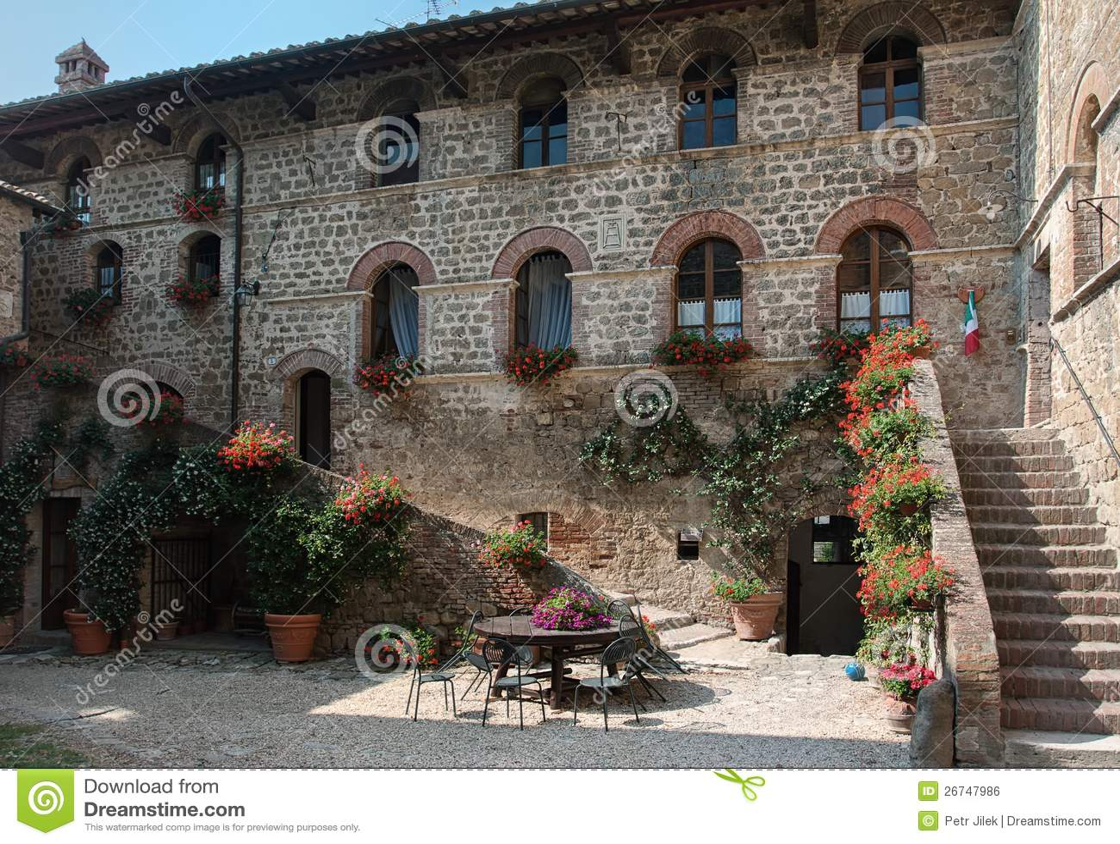 Casa Di Campagna, Toscana, Immagine Stock Libera da Diritti - Immagine ...