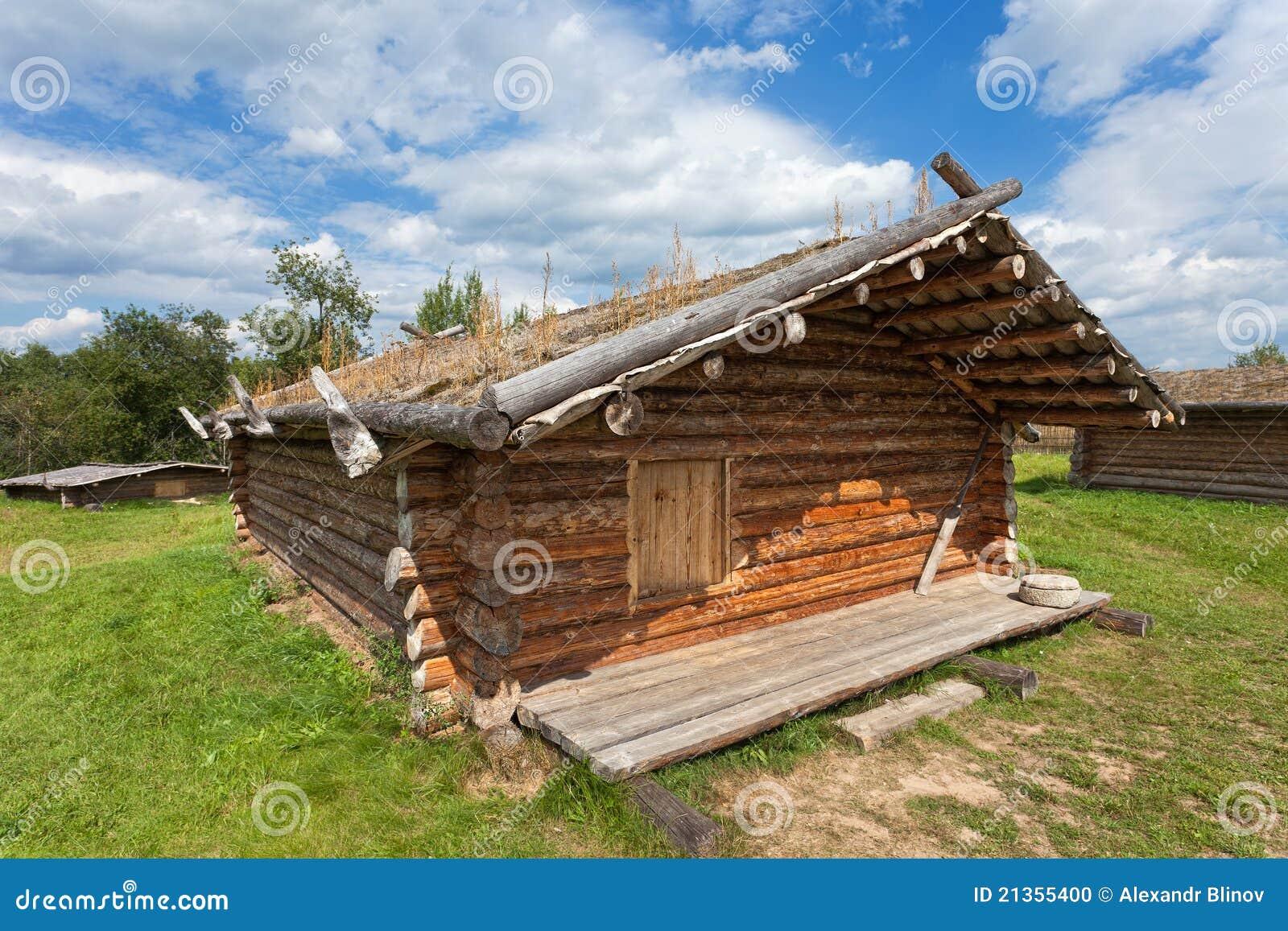 casa di legno russa tradizionale antica fotografia stock