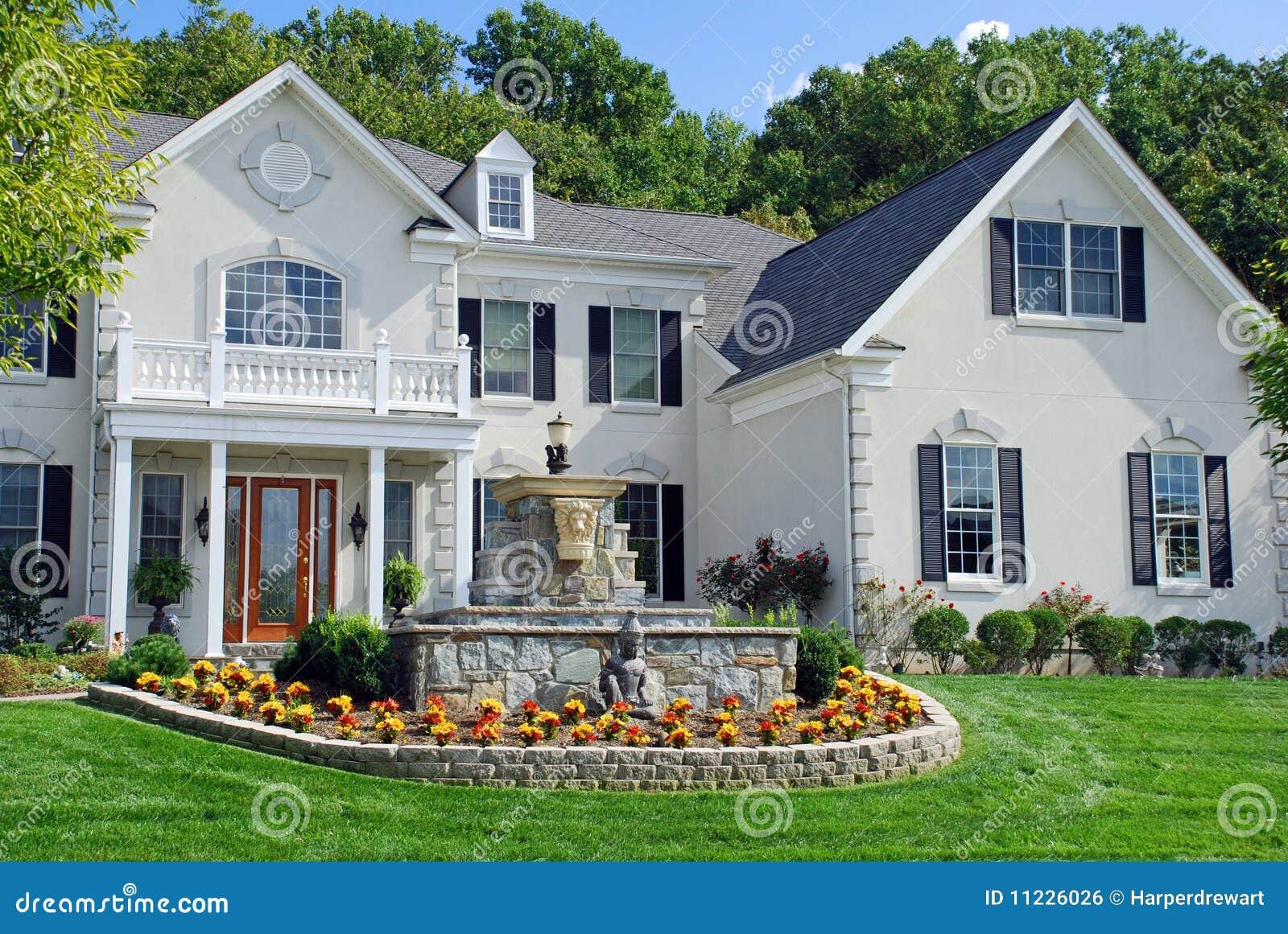 Casa di lusso 7 immagine stock libera da diritti for Casa di lusso