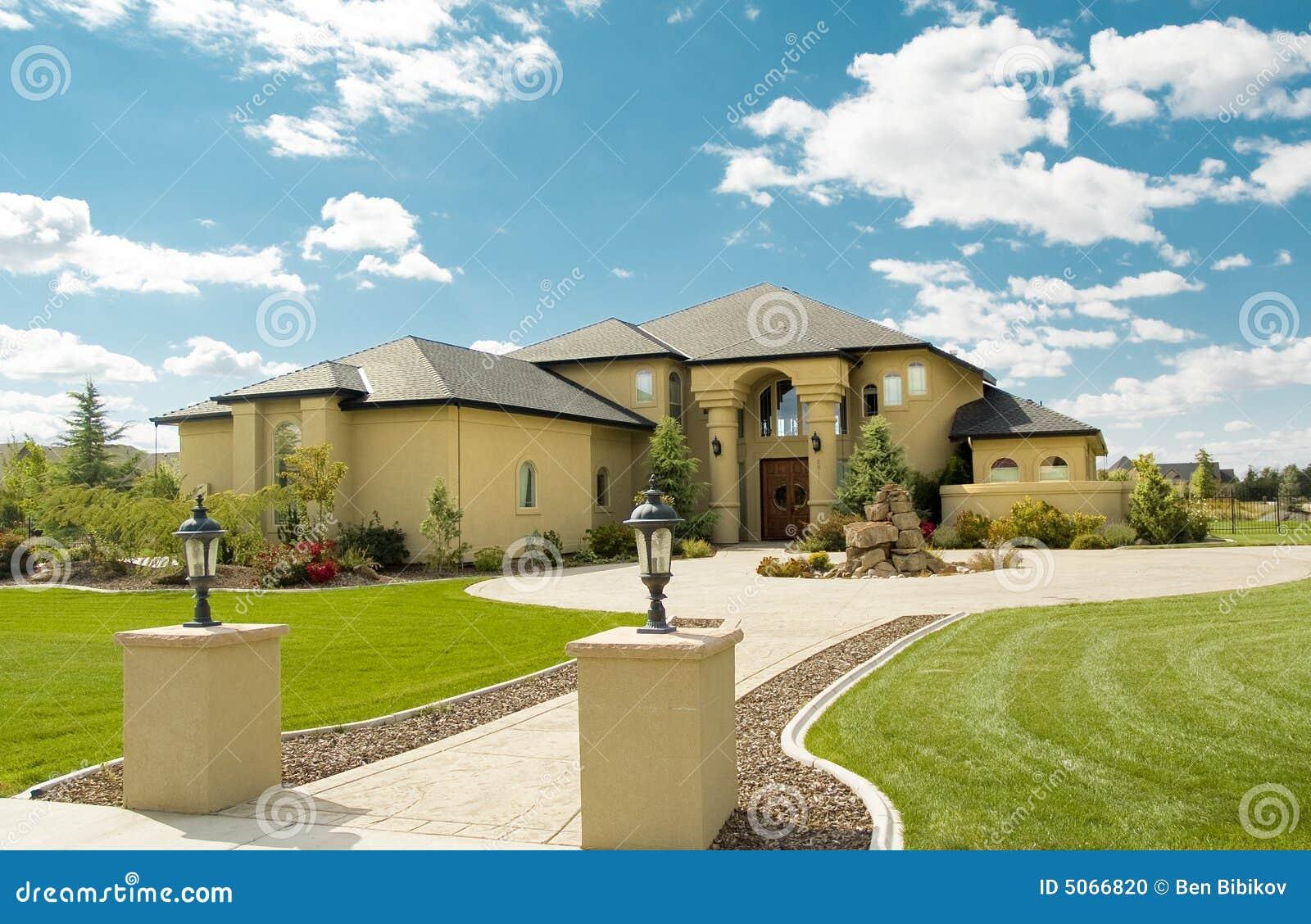 Casa di stile della florida fotografia stock immagine di for Planimetrie della casa di gambrel