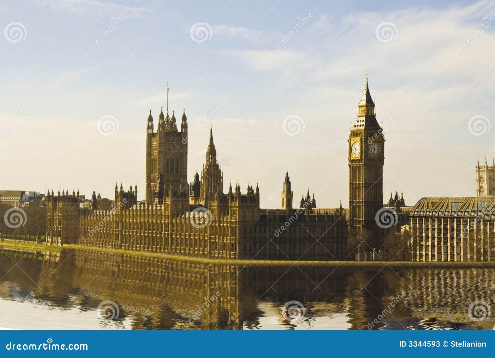 Casa do parlamento & de Ben grande