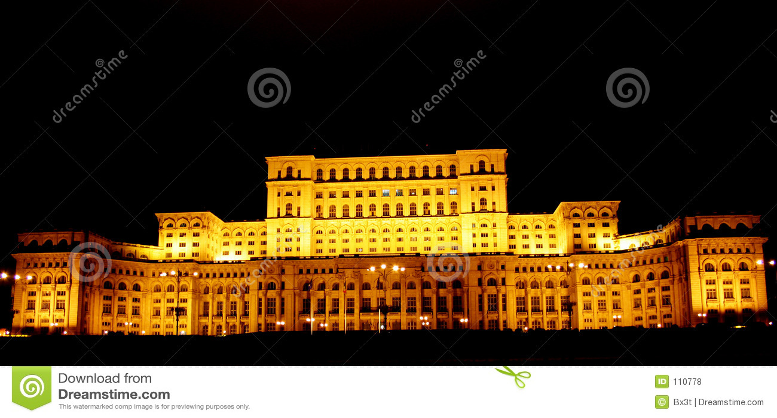 Casa dos povos de Bucareste, Romania- em a noite