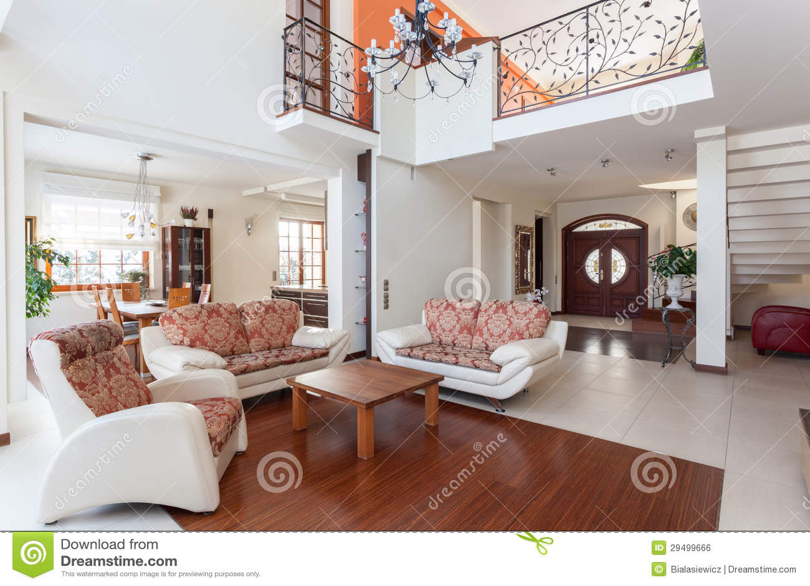 Mezanino Com Sala De Tv ~ Casa Elegante  Mezanino Imagem de Stock Royalty Free  Imagem