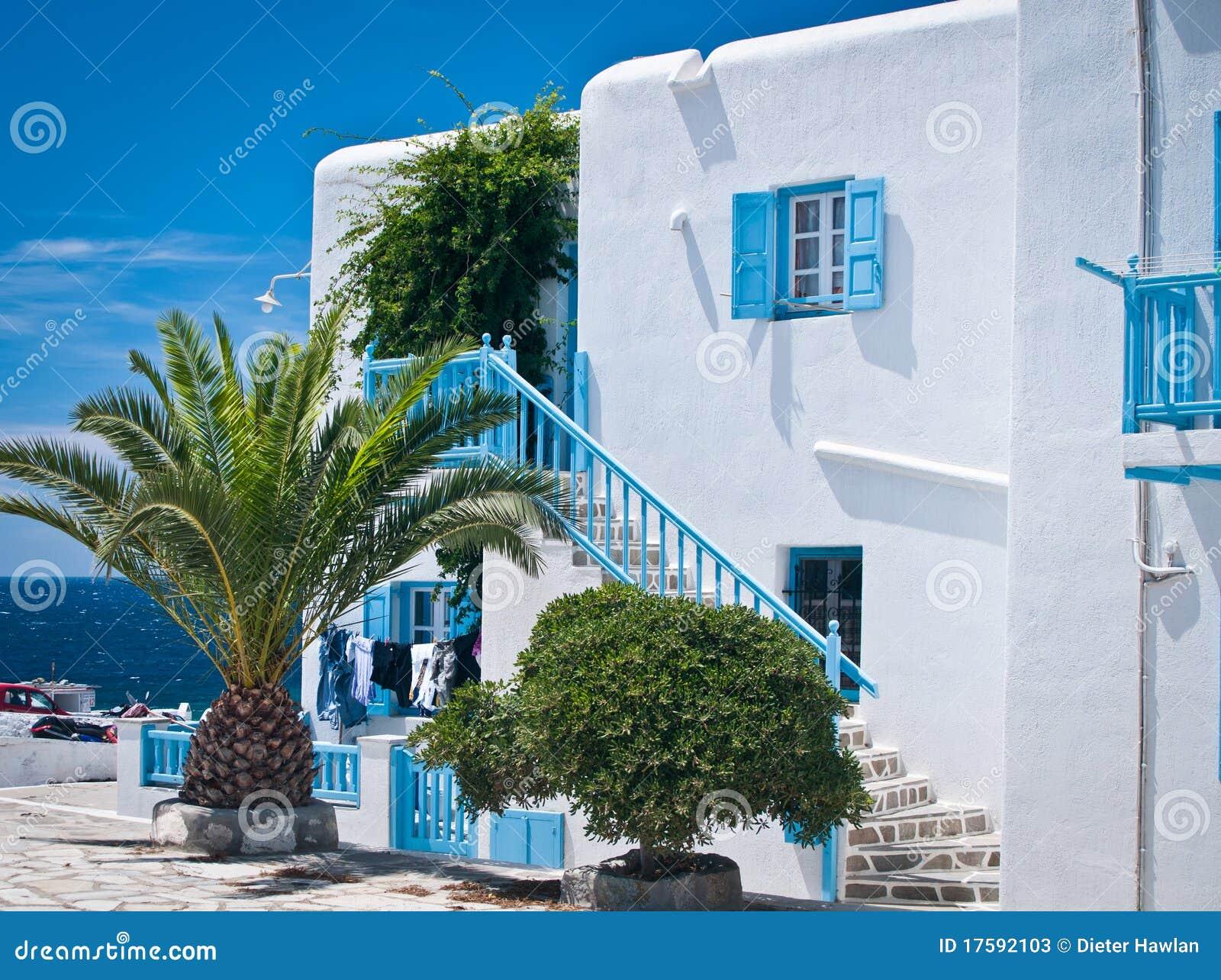 Casa en las islas griegas fotos de archivo imagen 17592103 for Casas en islas griegas