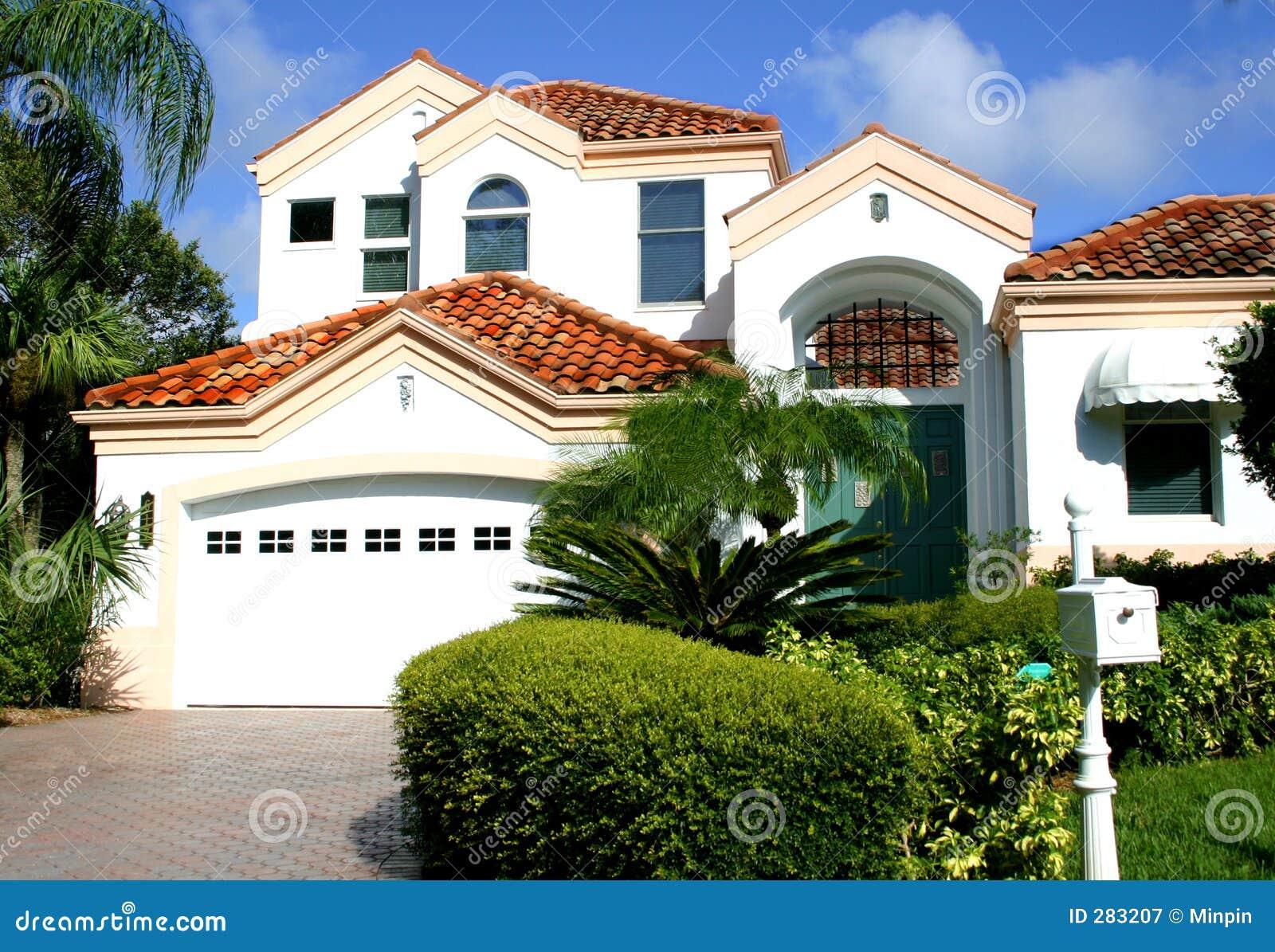 Casa espanhola do estilo