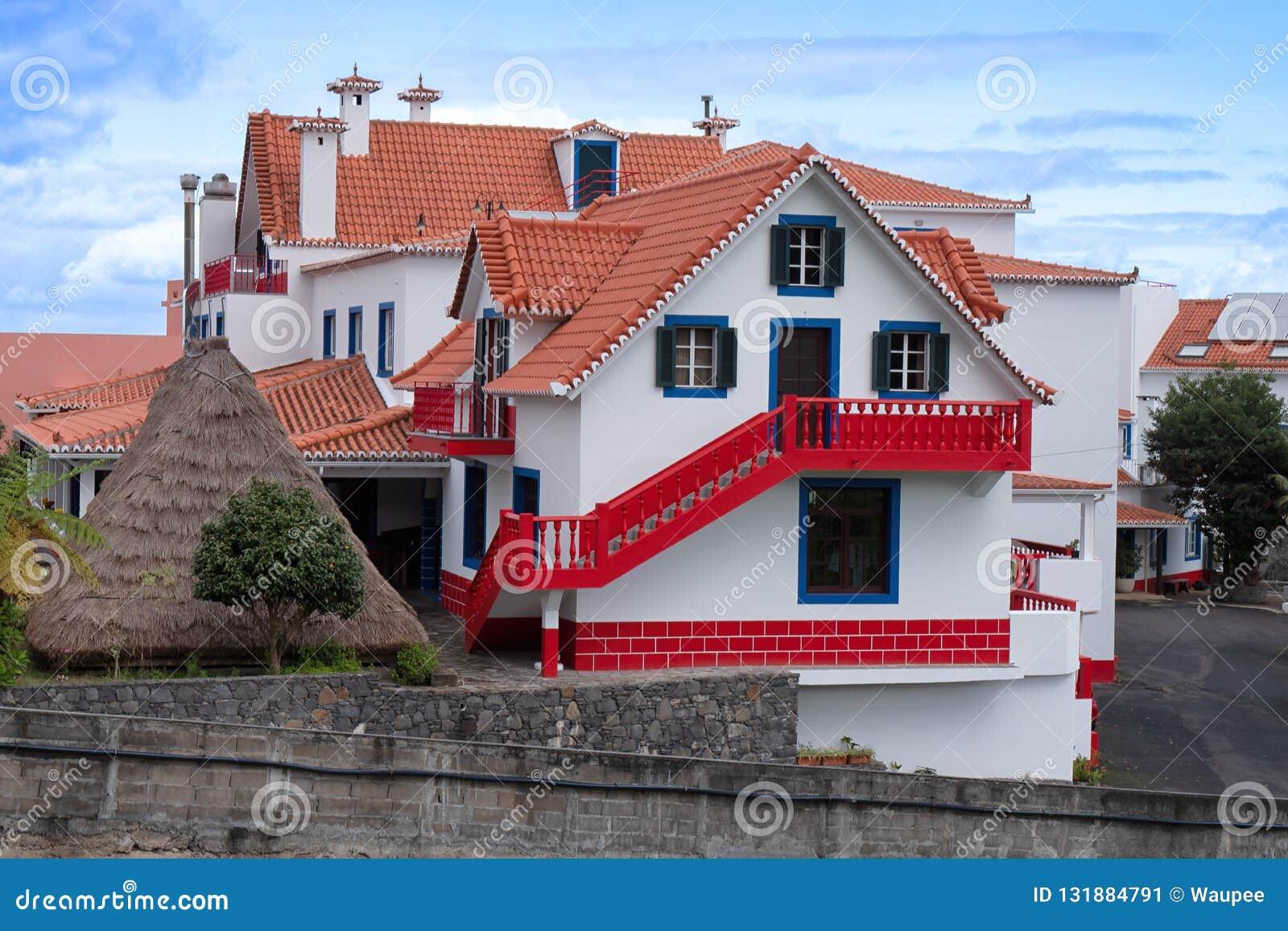 Casa histórica tradicional na vila Santana, Madeira