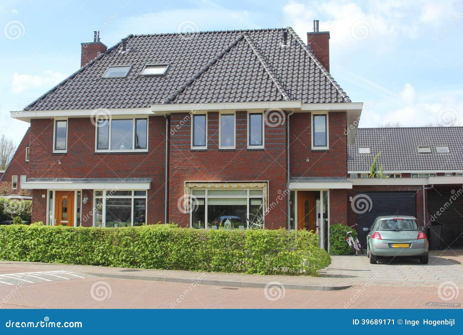 casa holandesa moderna de la familia holanda foto de