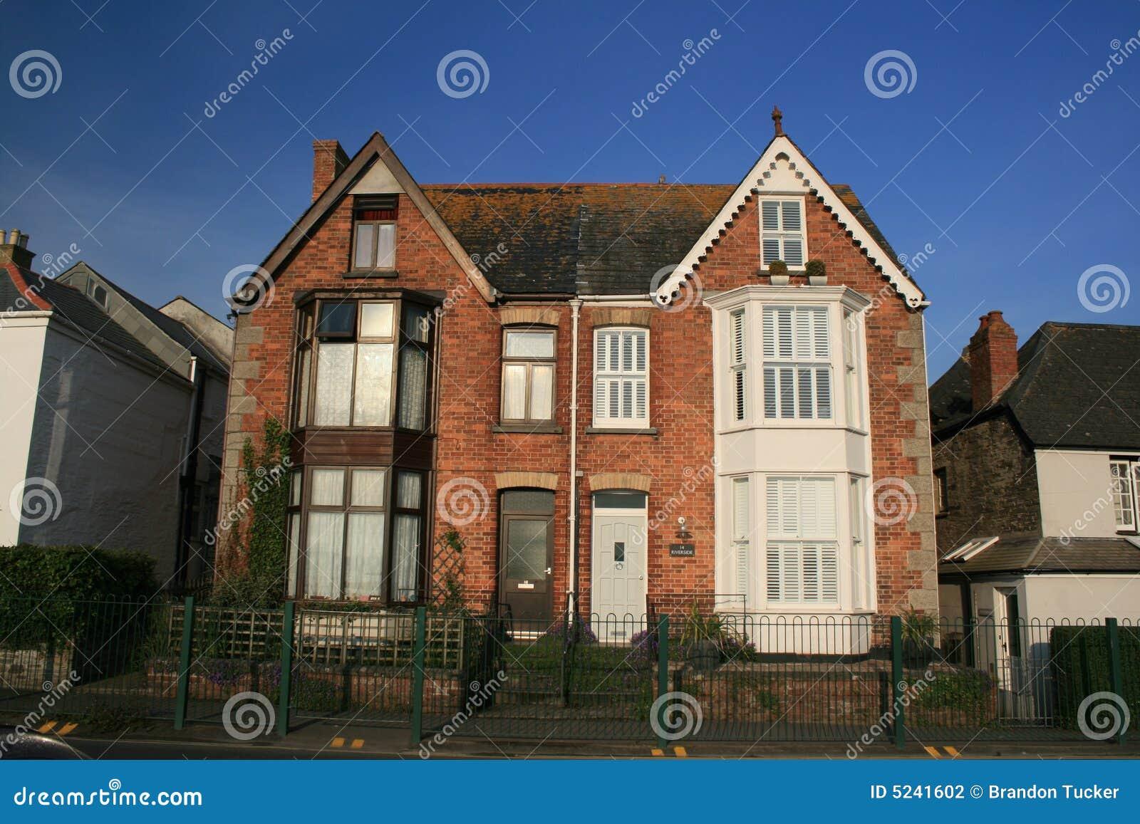 Casa inglesa fotografia de stock imagem 5241602 - Inglaterra en casa ...