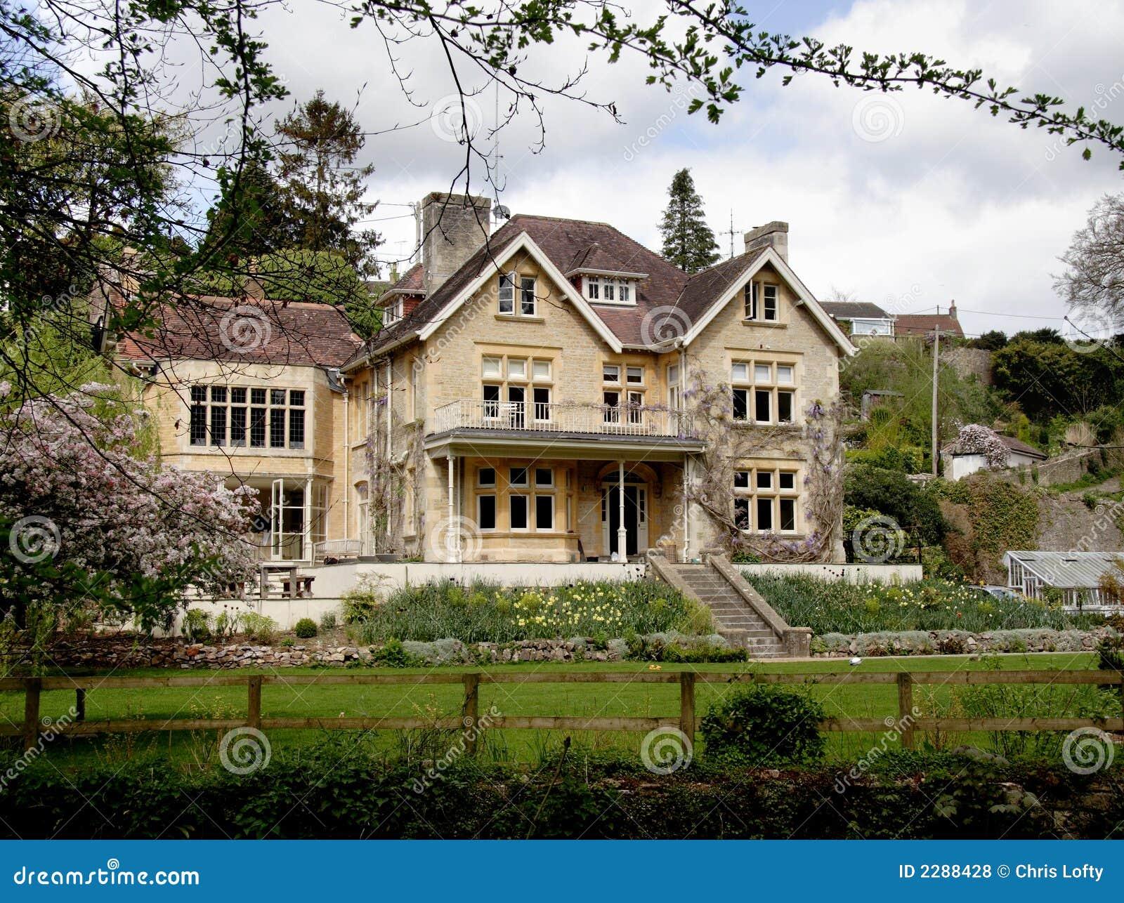 Casa inglesa de la aldea fotos de archivo libres de - Inglaterra en casa ...