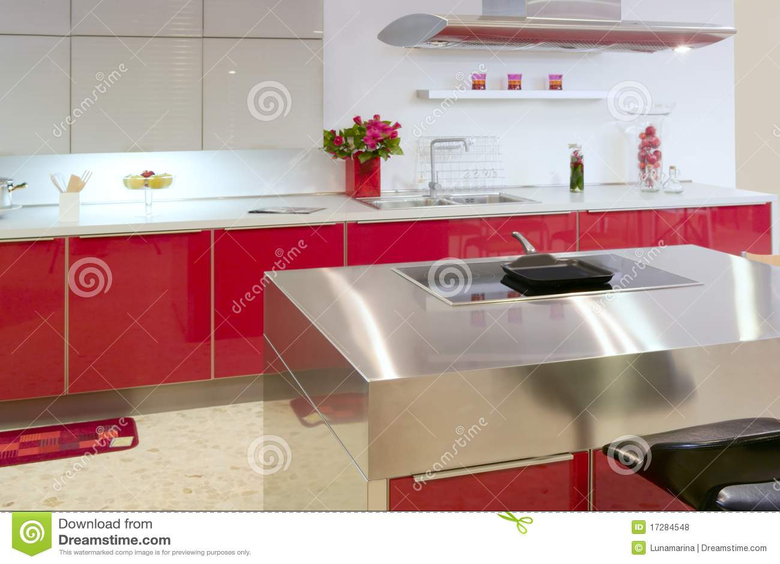 Casa Interior Moderna Da Prata Vermelha Da Cozinha Do Console Foto