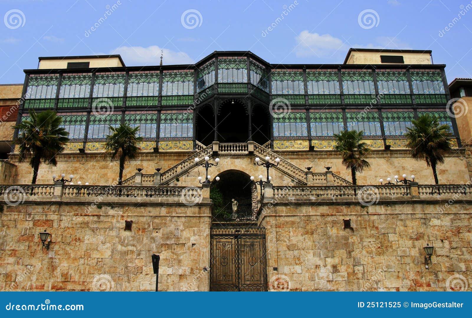 Casa lis art nouveau museum salamanca royalty free stock - La casa lis de salamanca ...